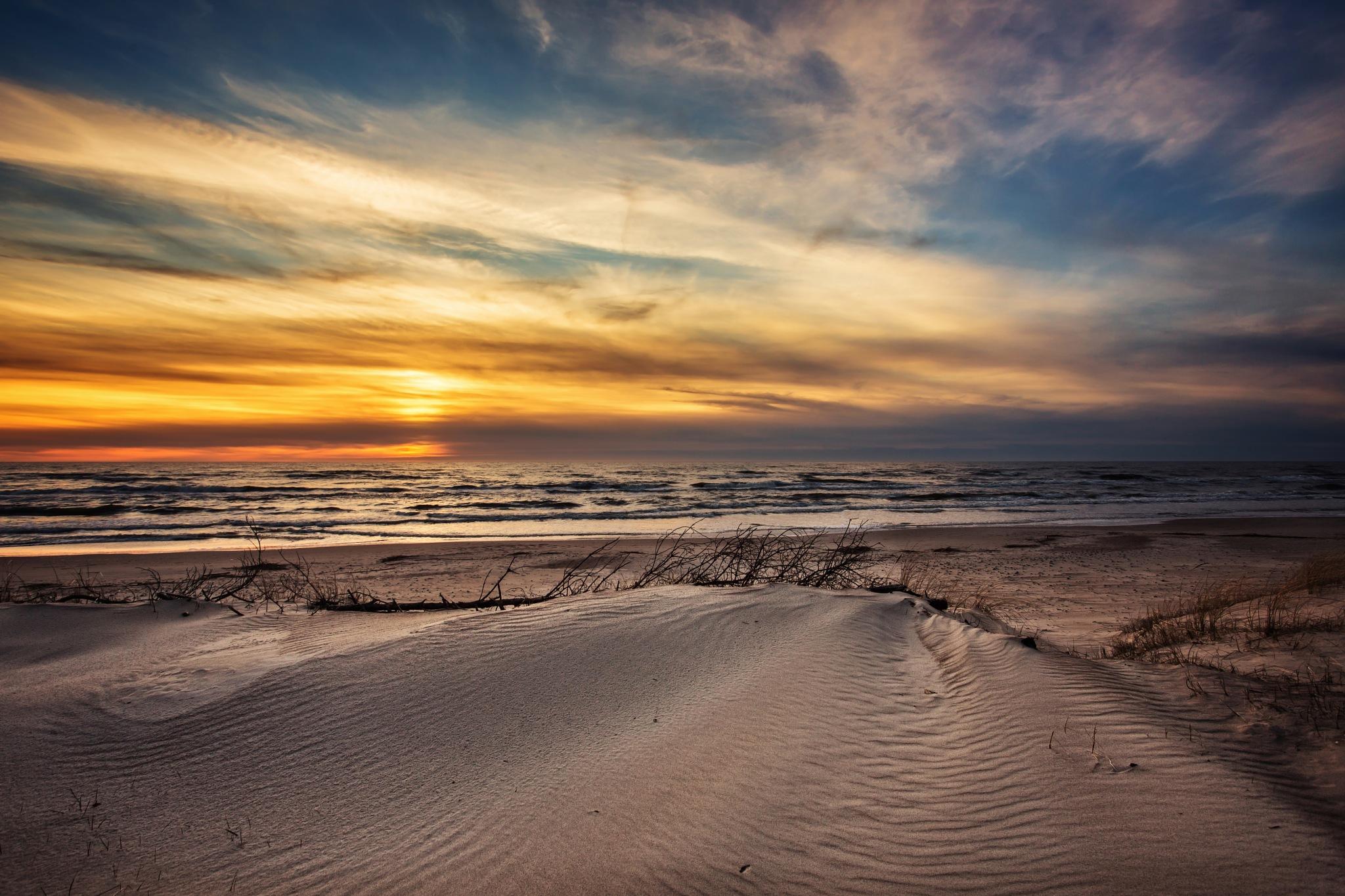 Evening colours by DariusBirstonas