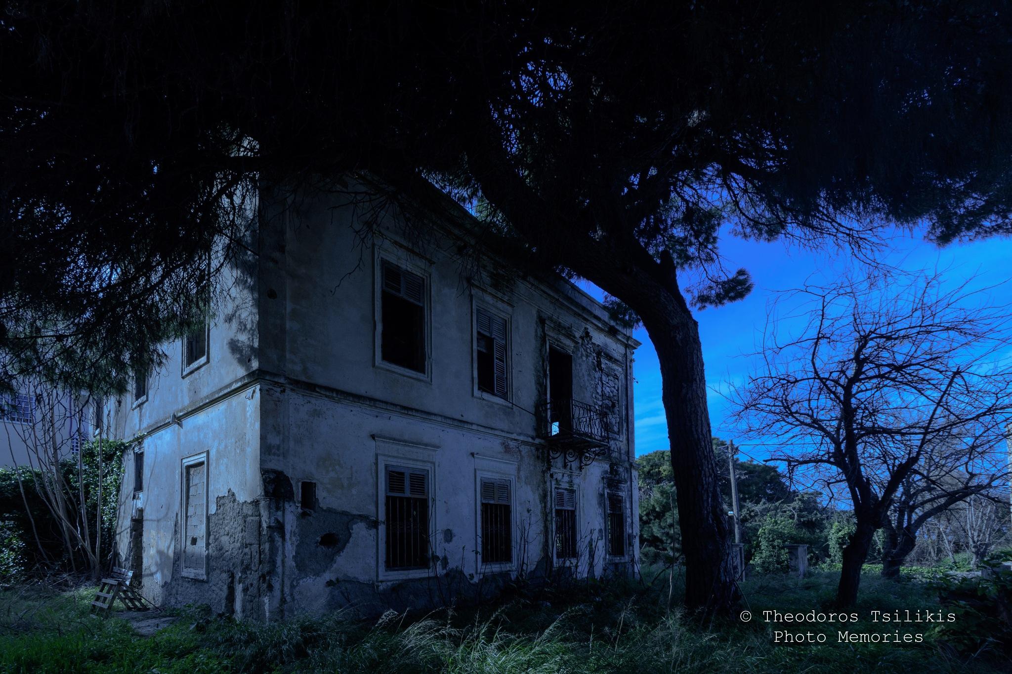 Nightmare house by Theodoros Tsilikis