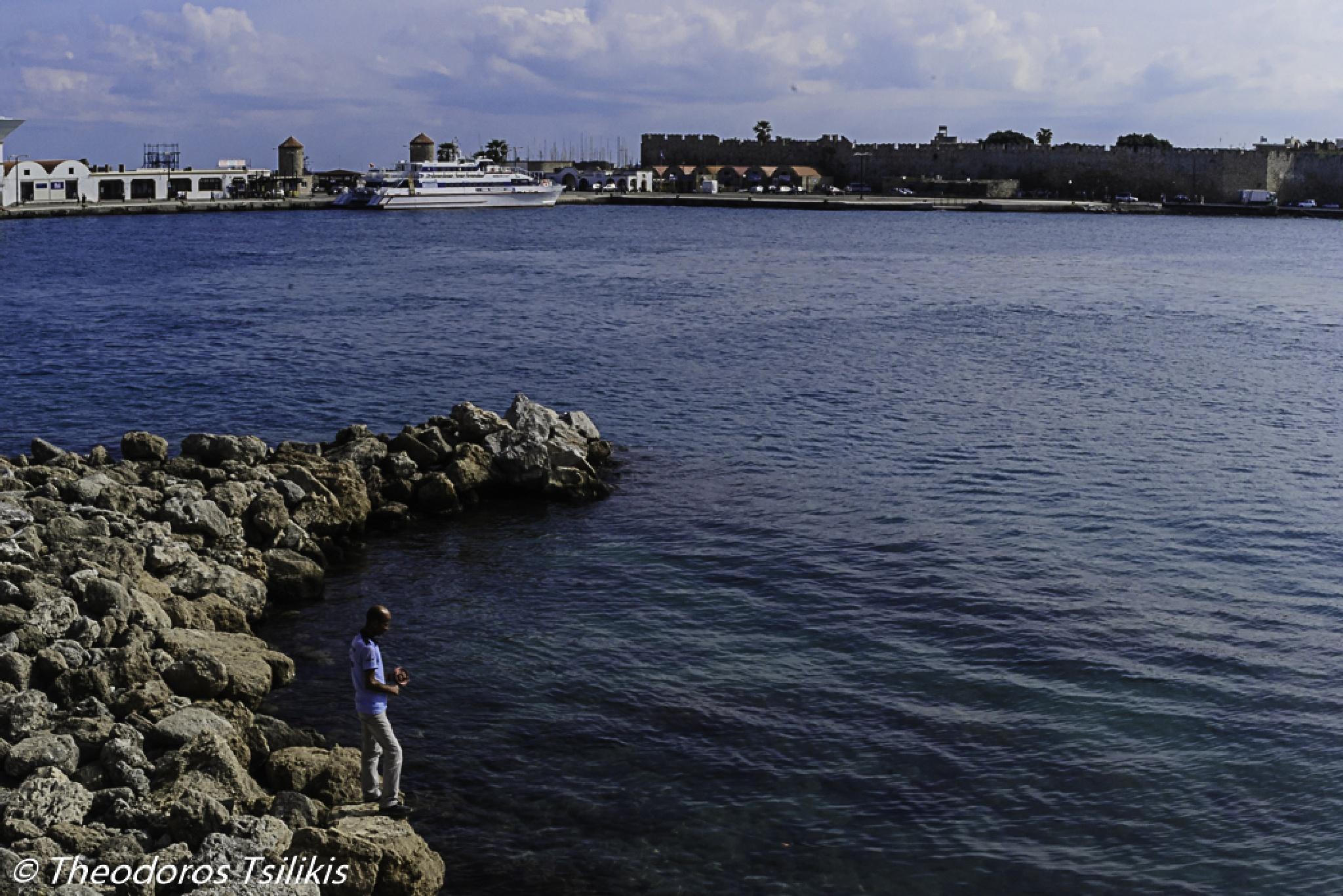 fisherman s bite by Theodoros Tsilikis