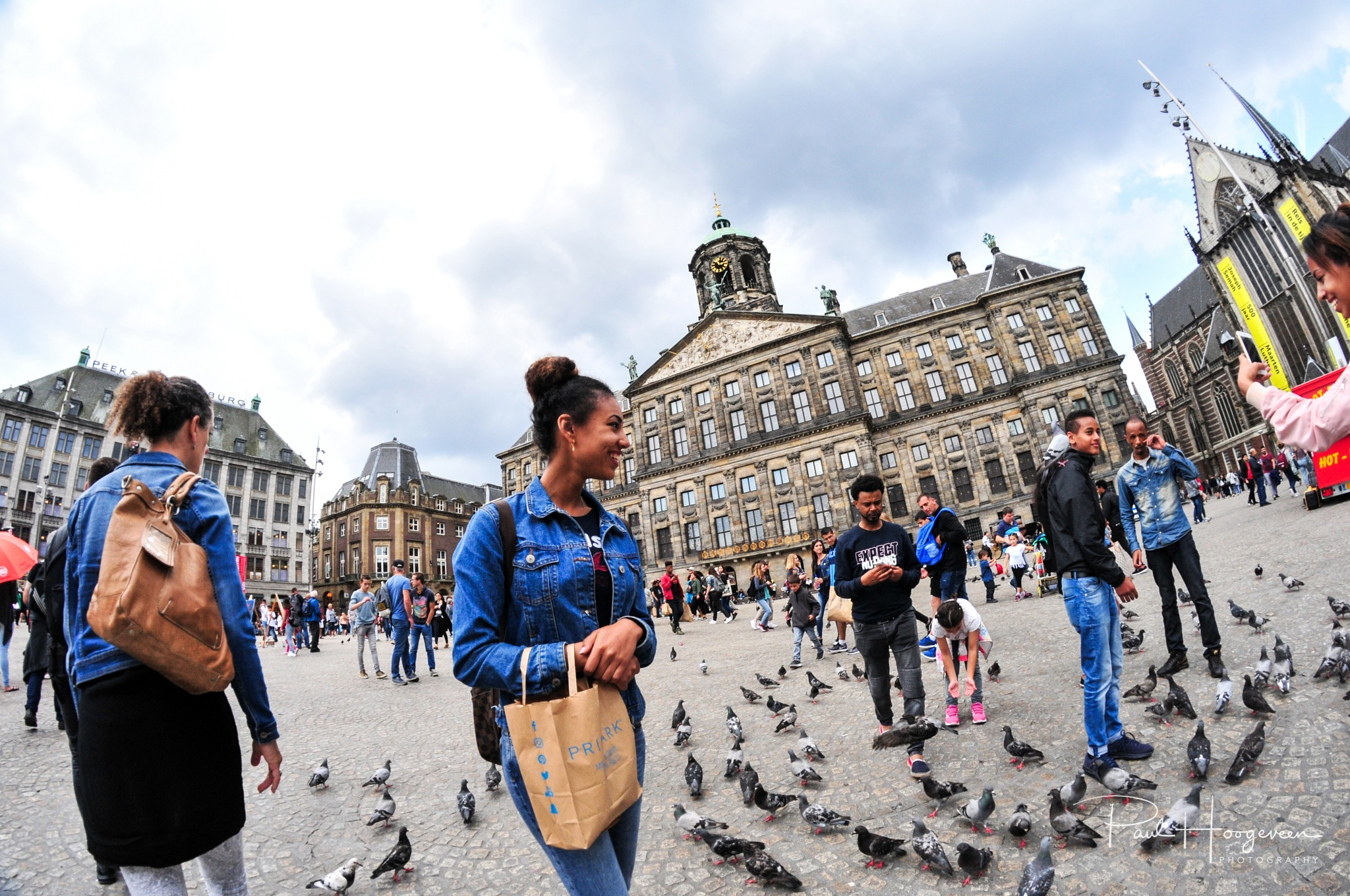 Pigeons @ Dam square (Amsterdam) by Paul Hoogeveen Photography
