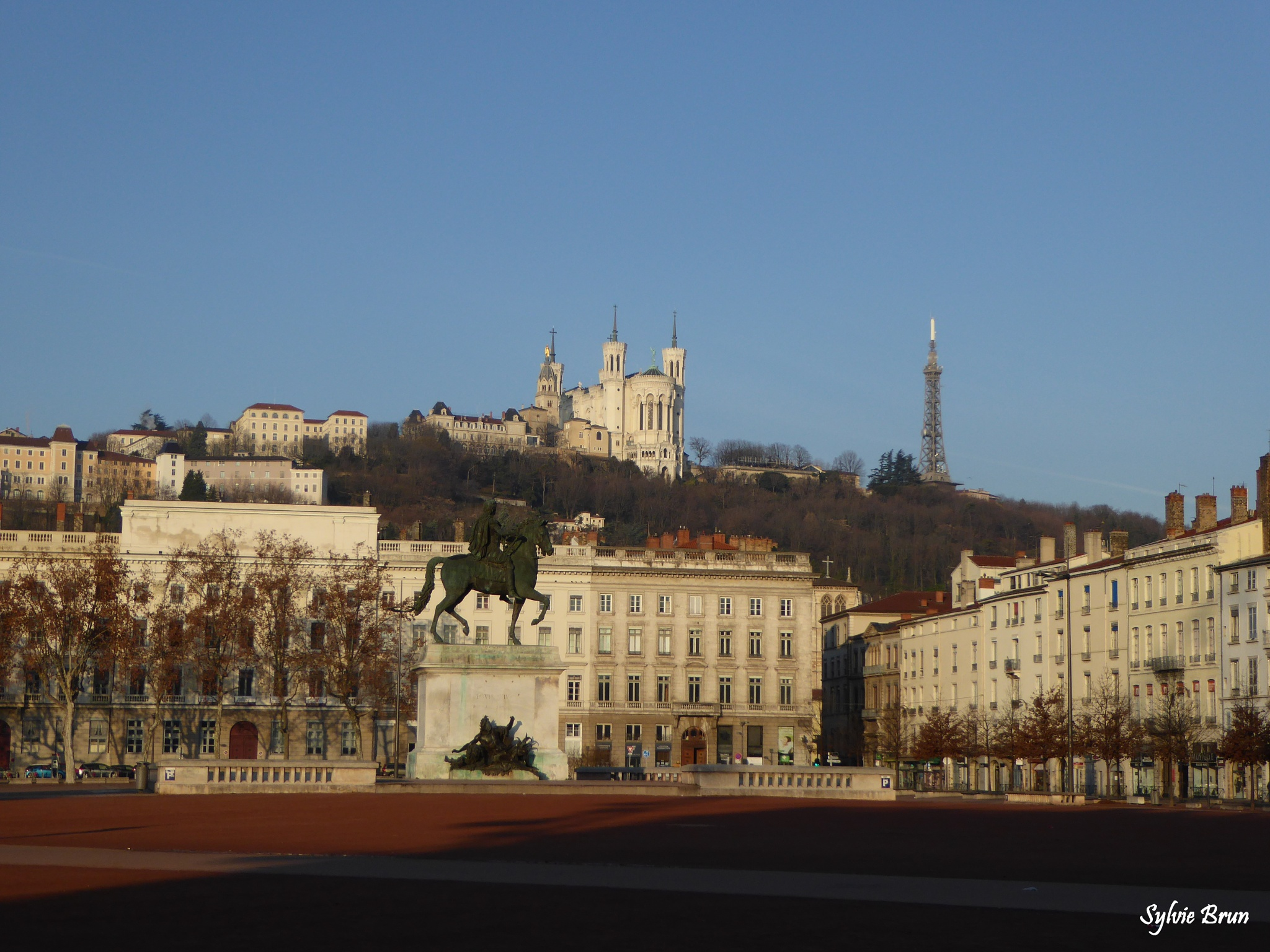 Place Bellecour by Newsyl