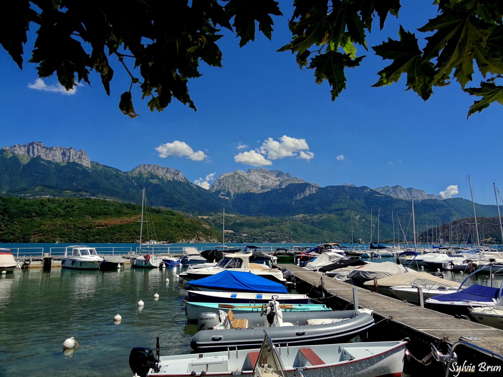 Lac d'Annecy by Newsyl