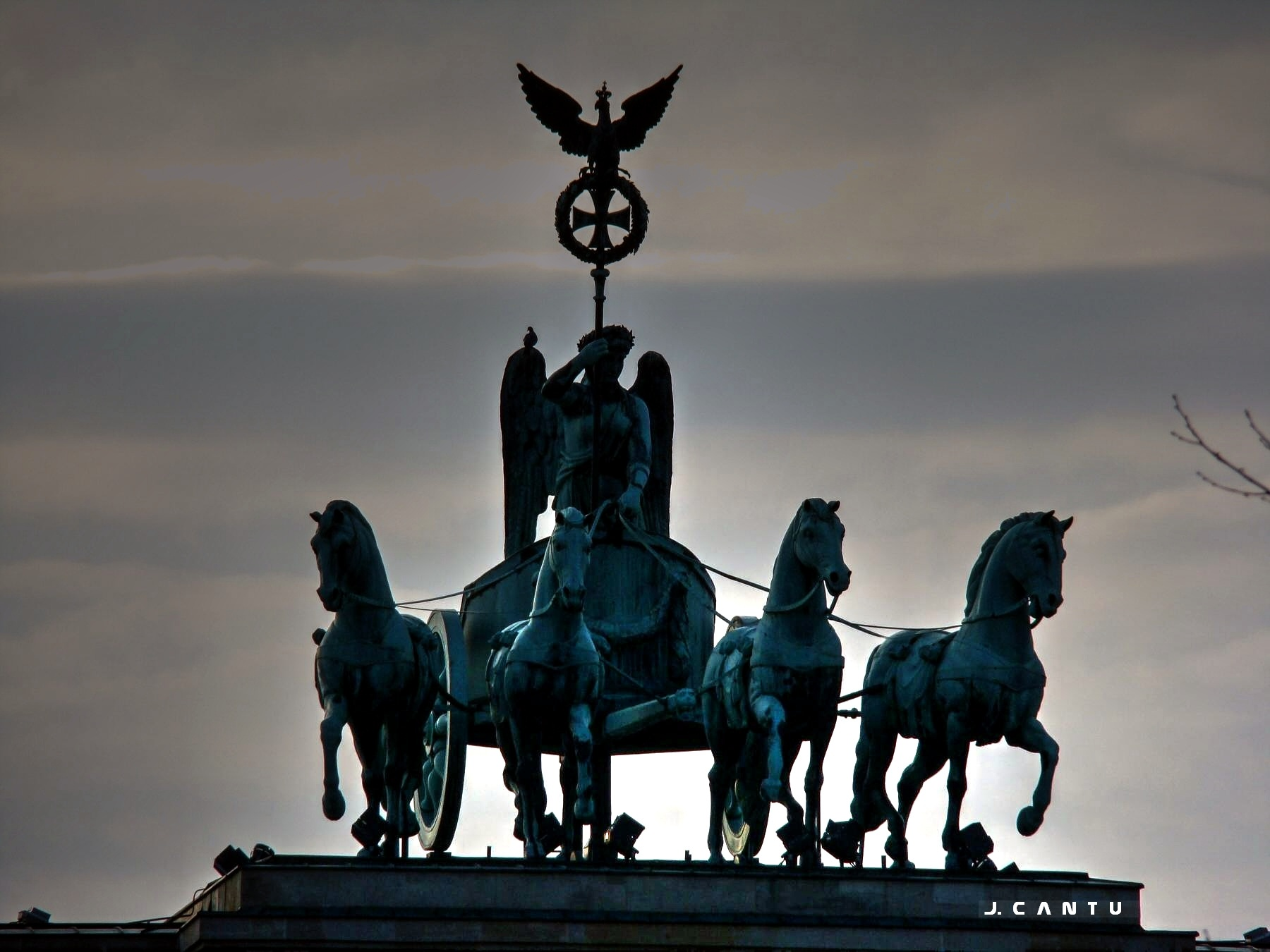 Brandenburg Gate 8................... by Jaime Cantu