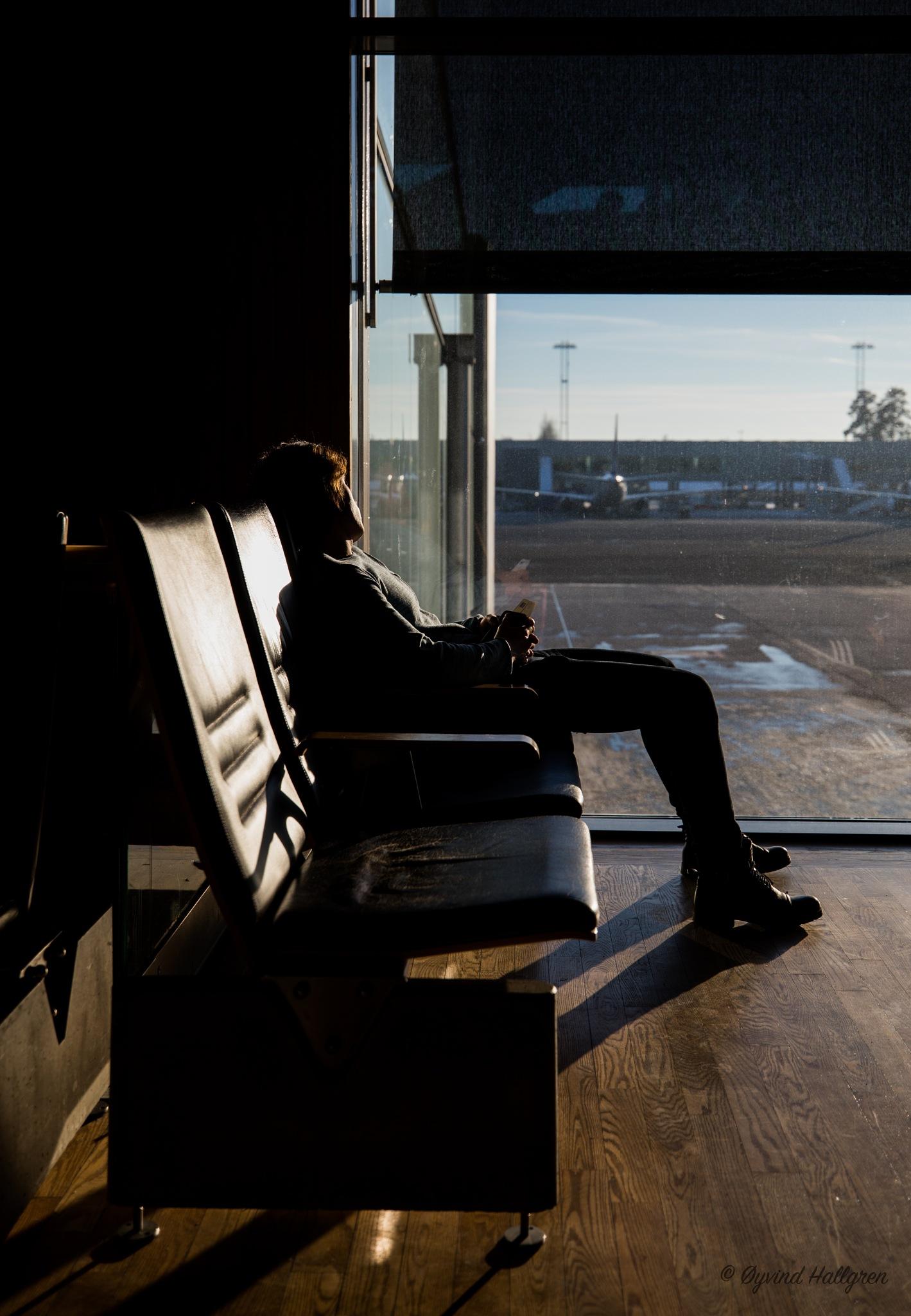 Airport waiting II by Hallgren