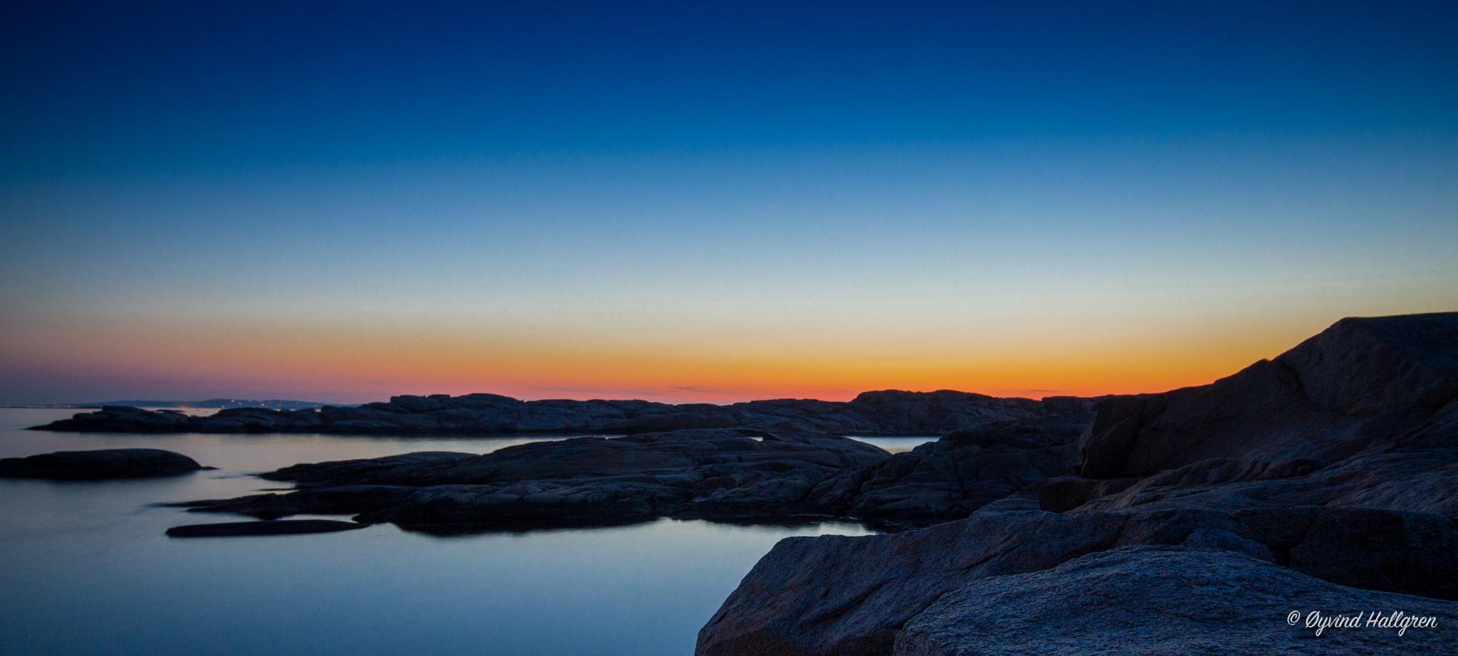 Blue night 2 by Hallgren