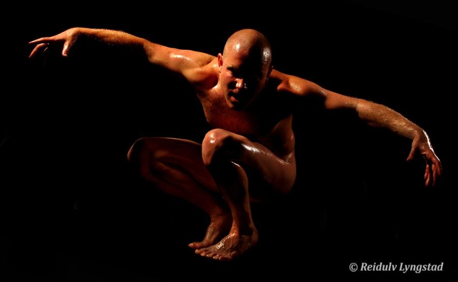 Photo in Nude #nude #nu #akt #male #man #boy #eagle #studio