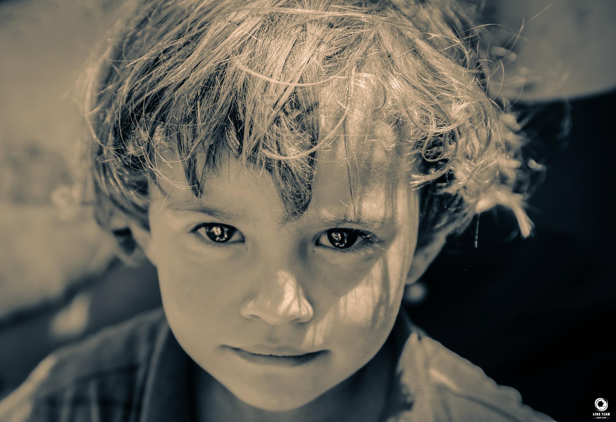 برائة عيون طفل by OBADA HASHIM