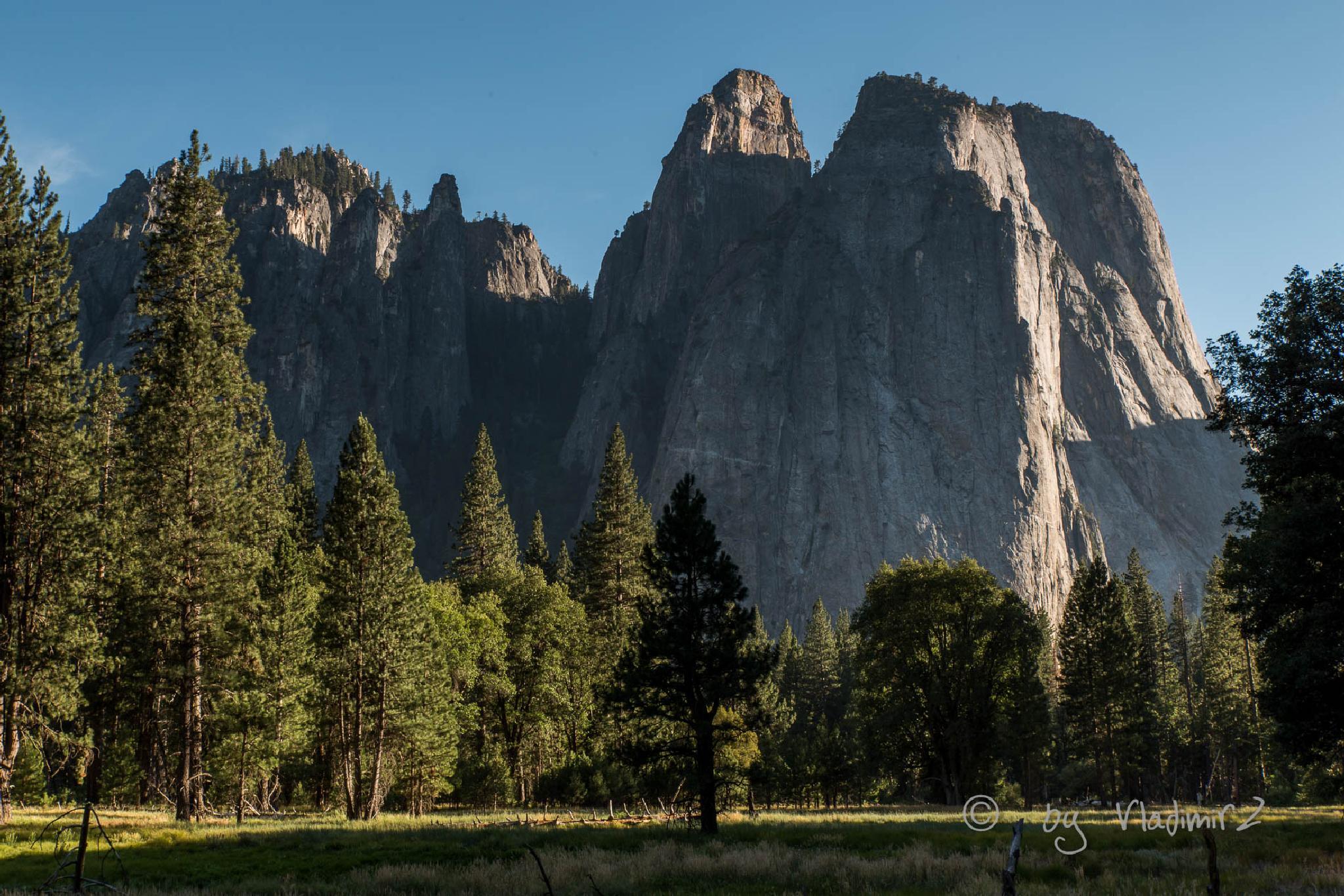 Yosemitie by vladimirz
