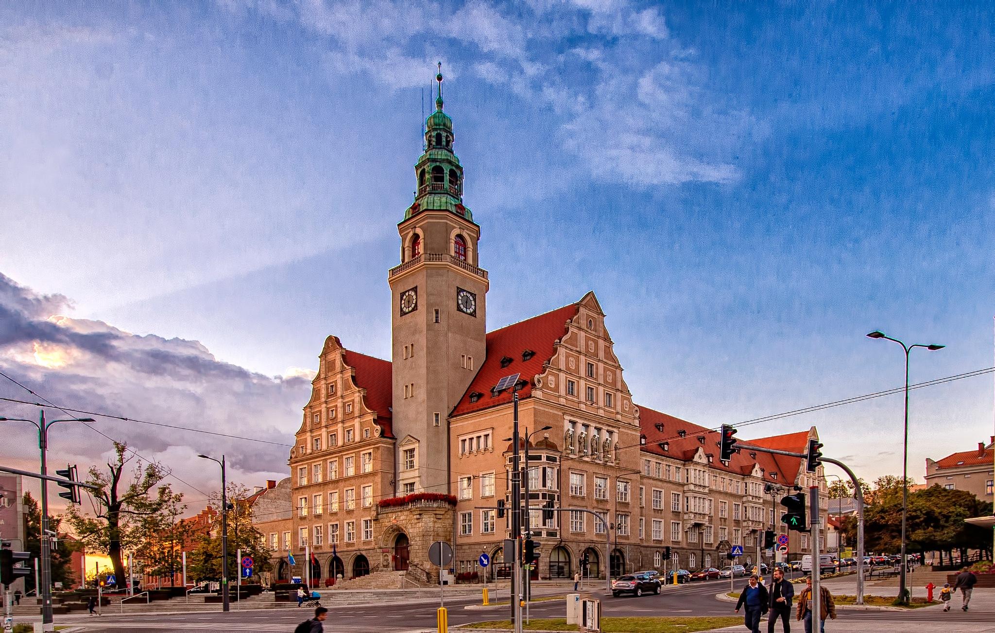 Town hall by Krzysztof Mackiewicz
