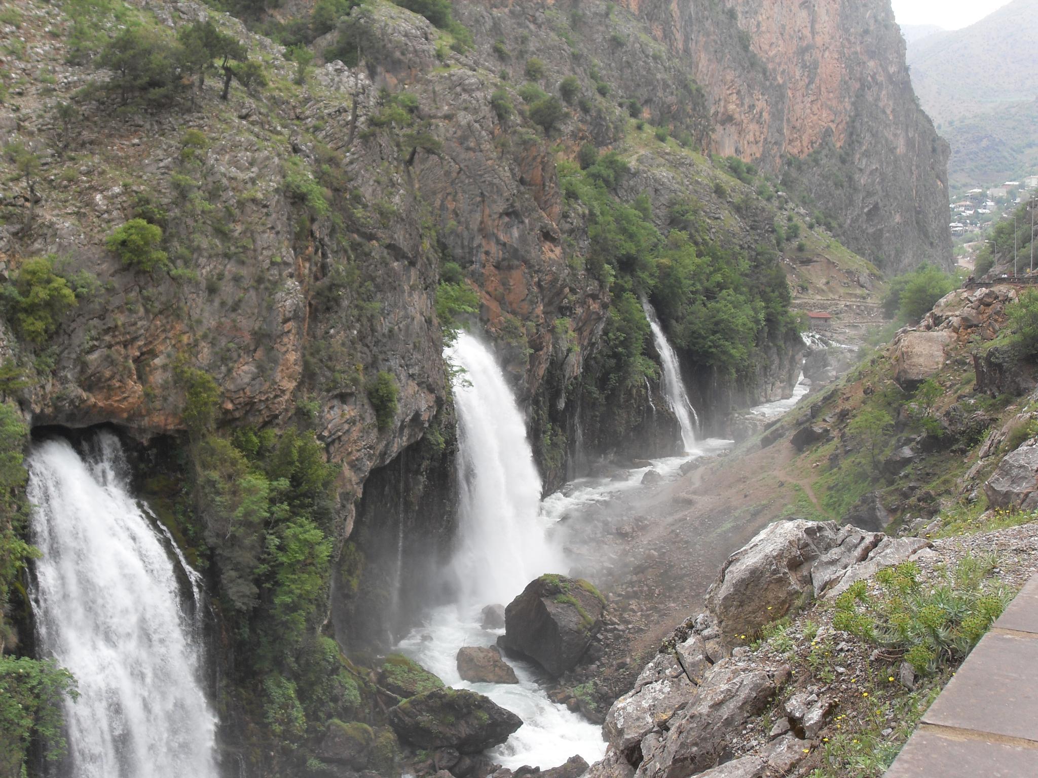 """""""waterfall"""" by Ugur Sanliturk"""