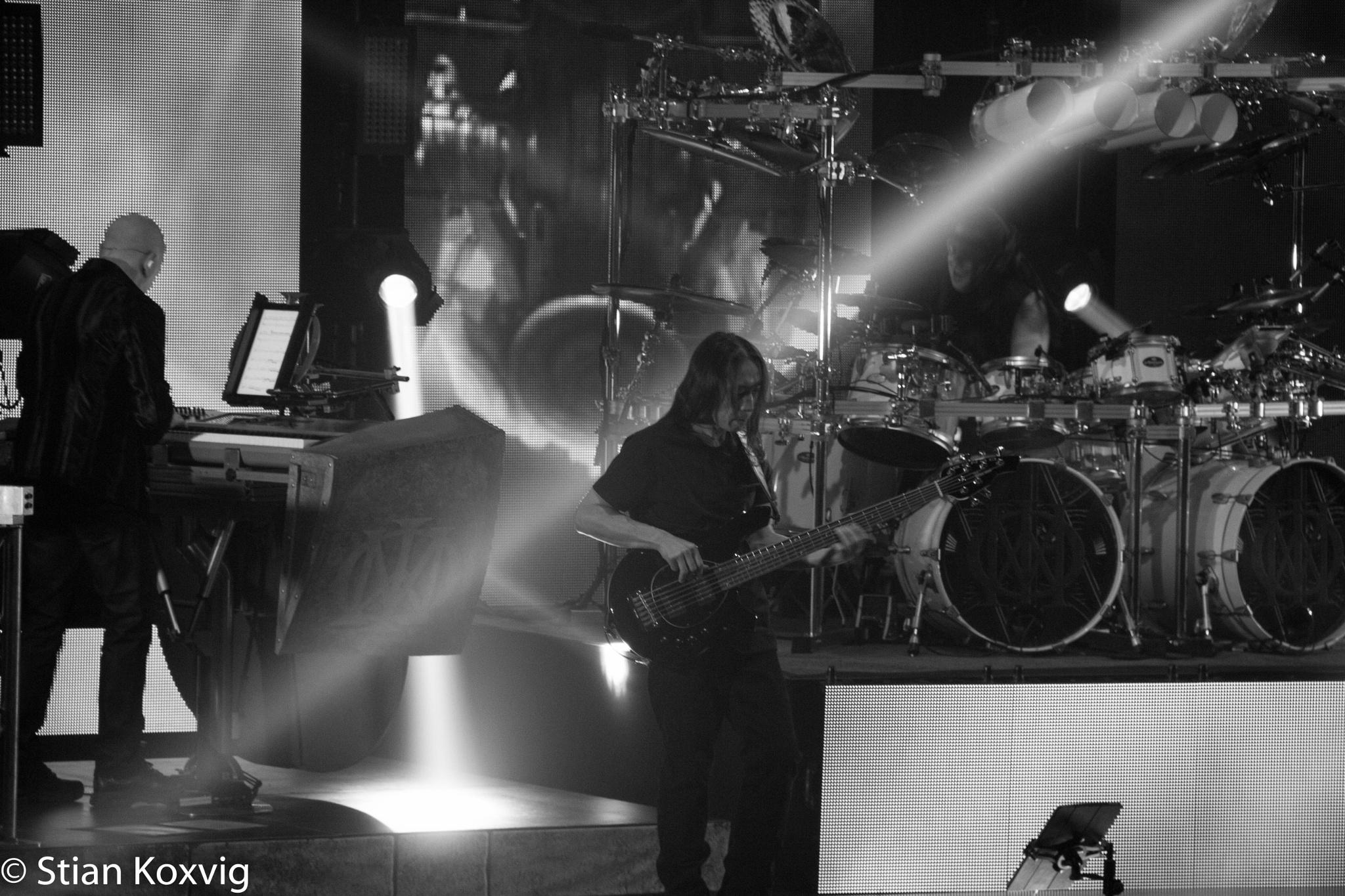 John Myung, Mike Mangini and Jordan Rudess. Live at Oslo Concert Hall by Stian Koxvig