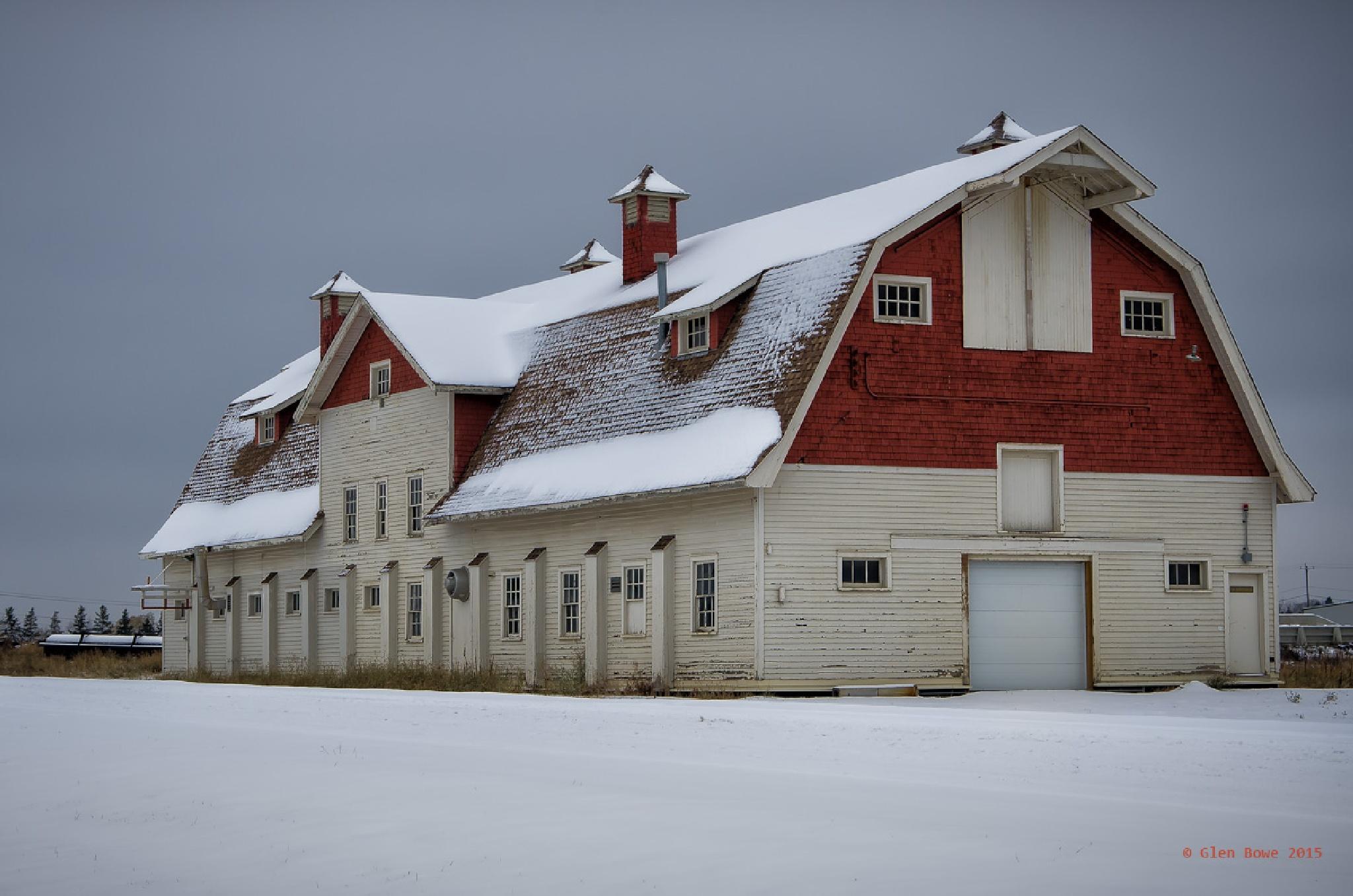 That Big Barn by Glen Bowe