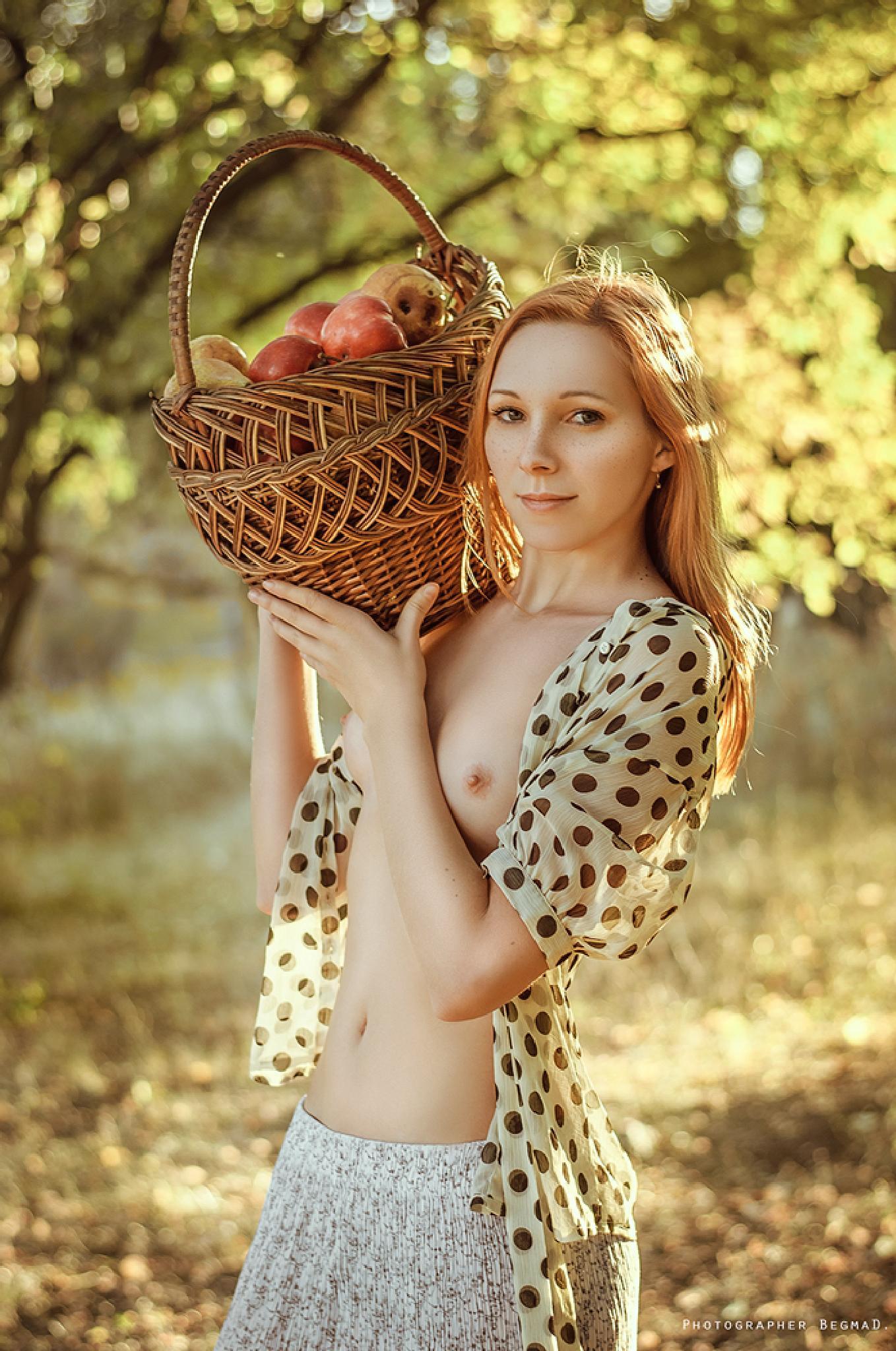 In the garden of paradise by Dima Begma (Дмитрий Бегма)
