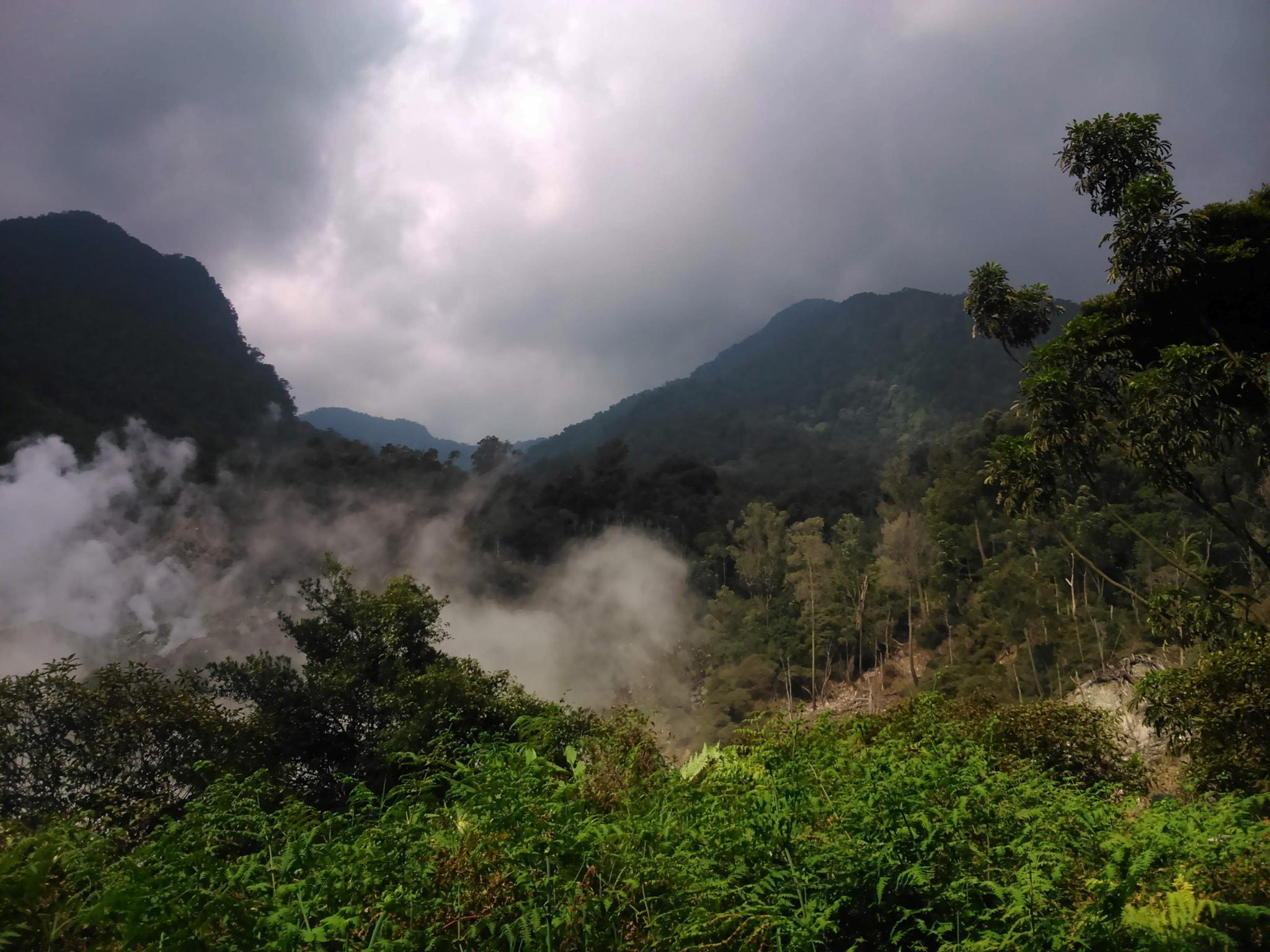 Smoke Crater by Dedi Ogie S