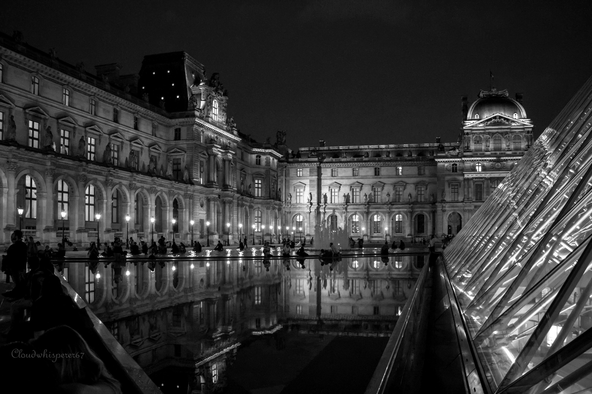Le Louvre by Night (black & white) by cloudwhisperer67
