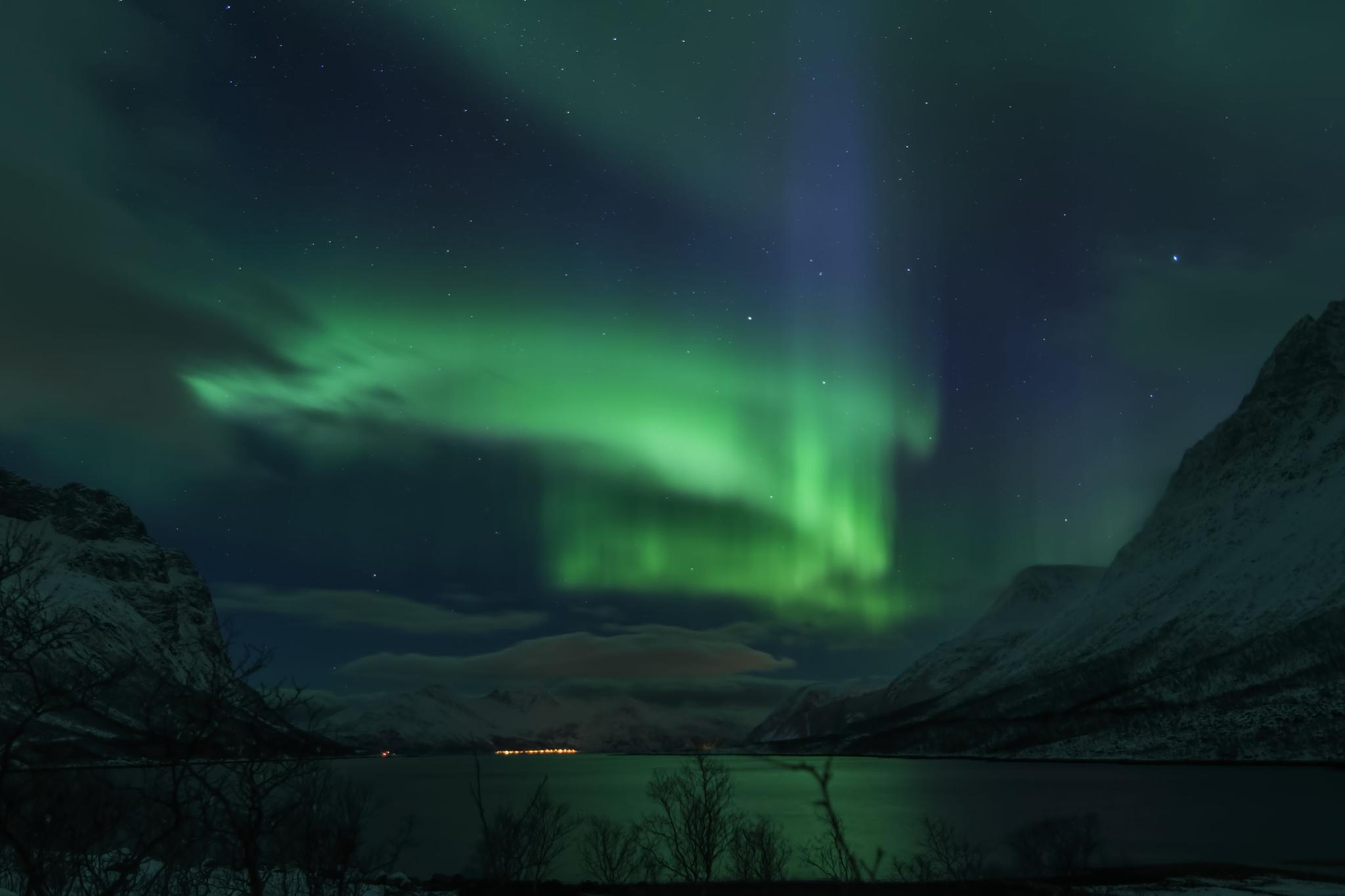 Night in the north by Tommy Karlsen