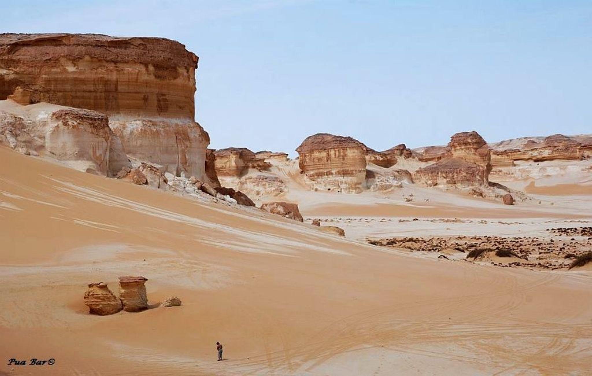 The Western Desert, Egypt by puabar