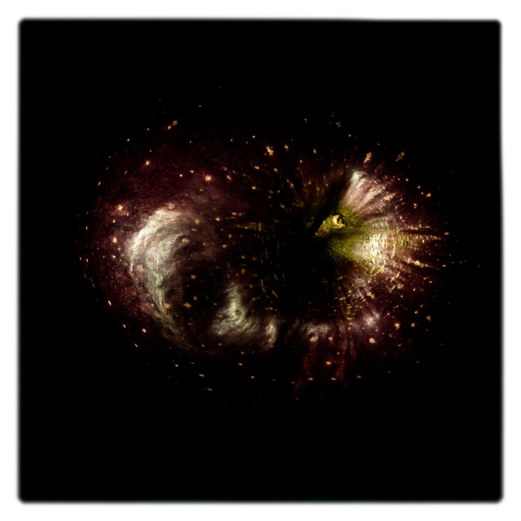 apple nebula by andreabergamo1
