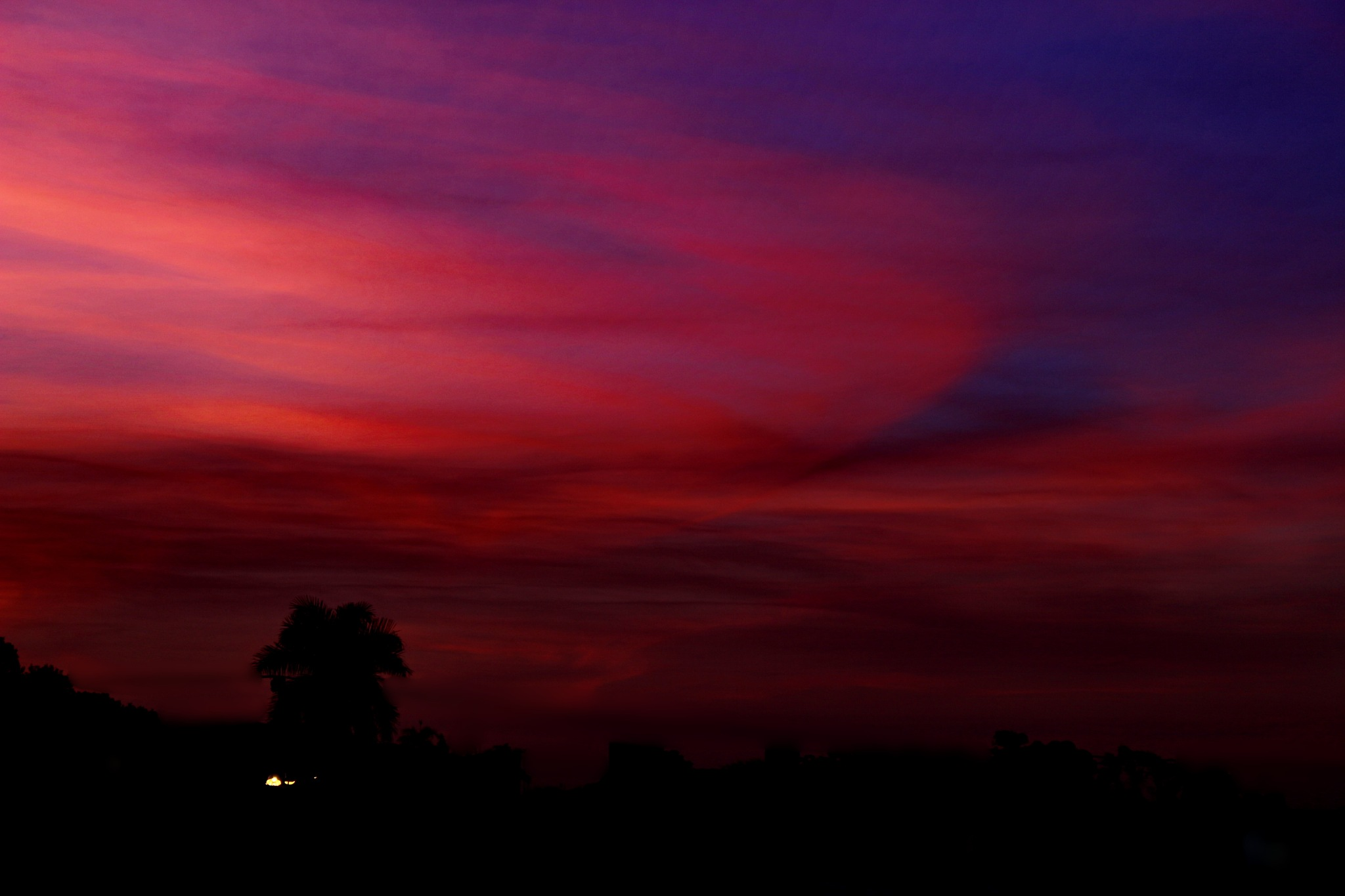 Blue or red hour? by Nestor