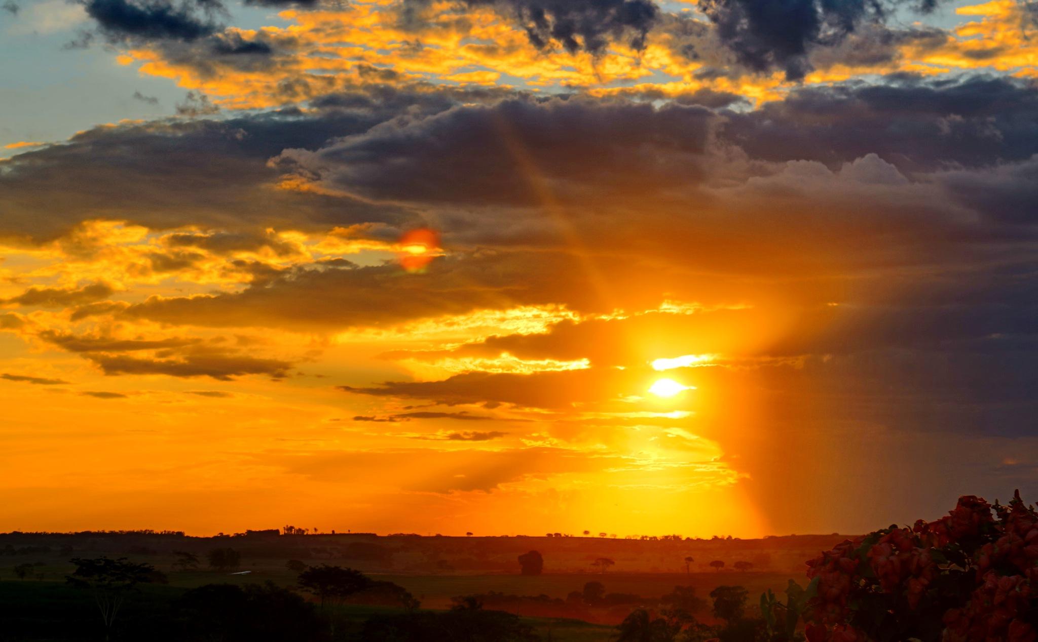 Sunset on the farm. by Nestor