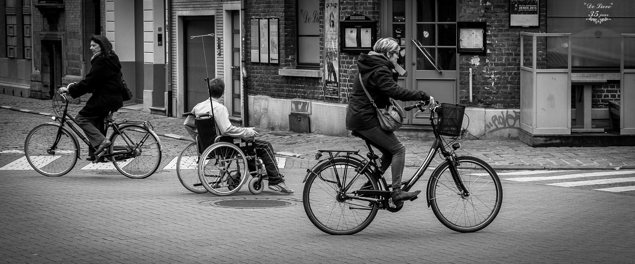 Race to....? by fotoclaesjohn