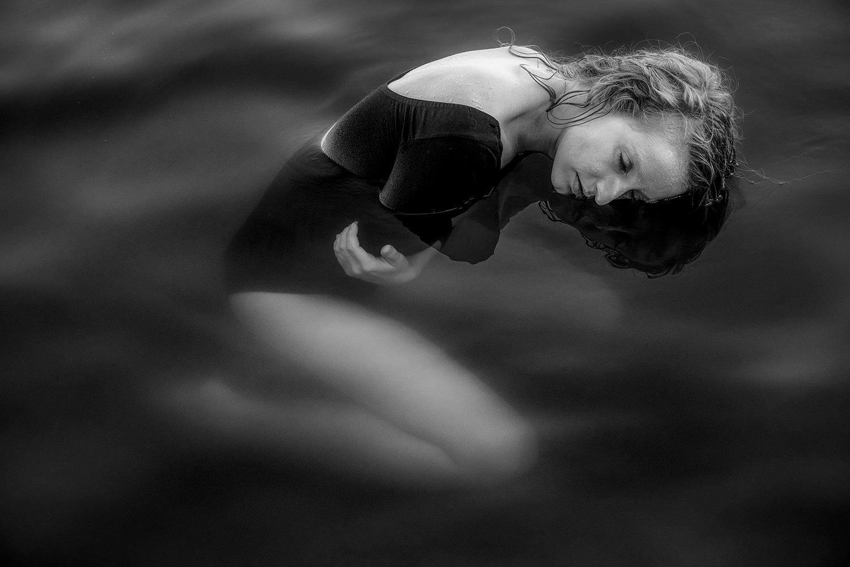 Untitled by Jan Longr Knot