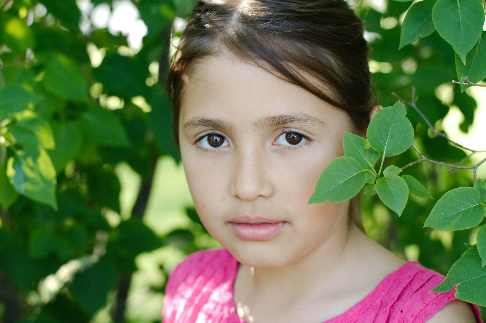 Portrait of Isabel by bjornliden