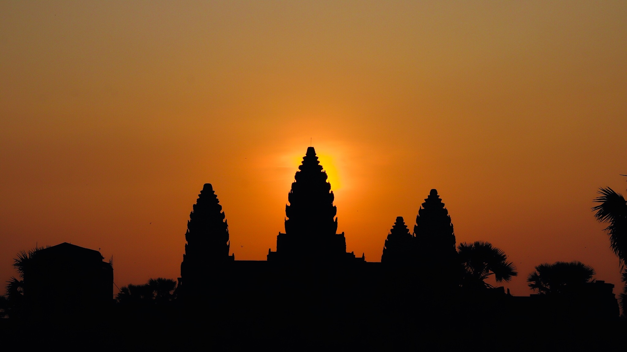 Angkor Wat by Sebastian Kutzera