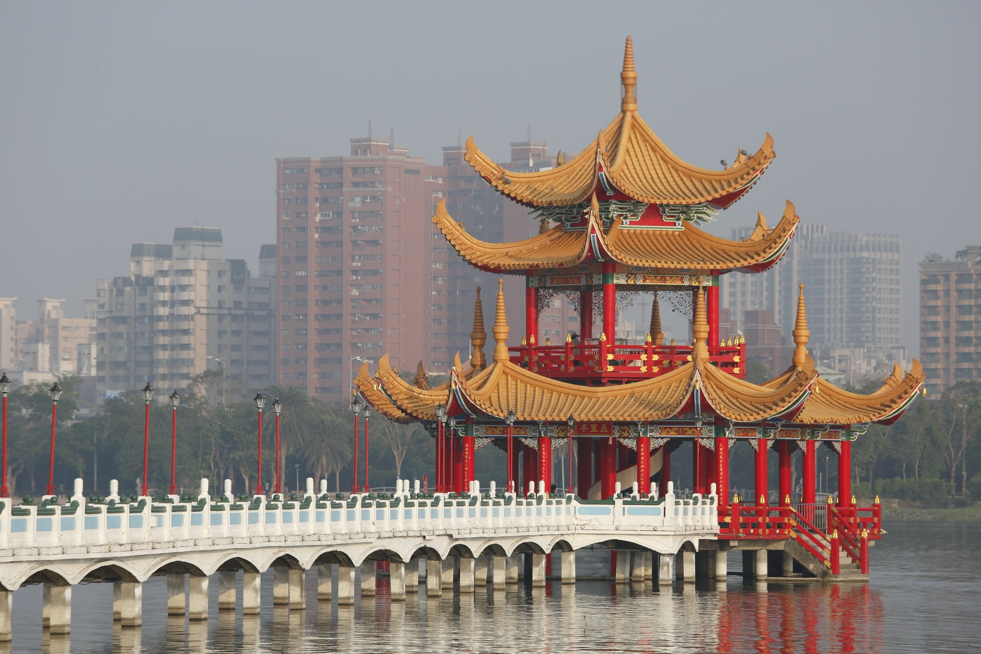 Chinese style pavilion by chaoyang chan