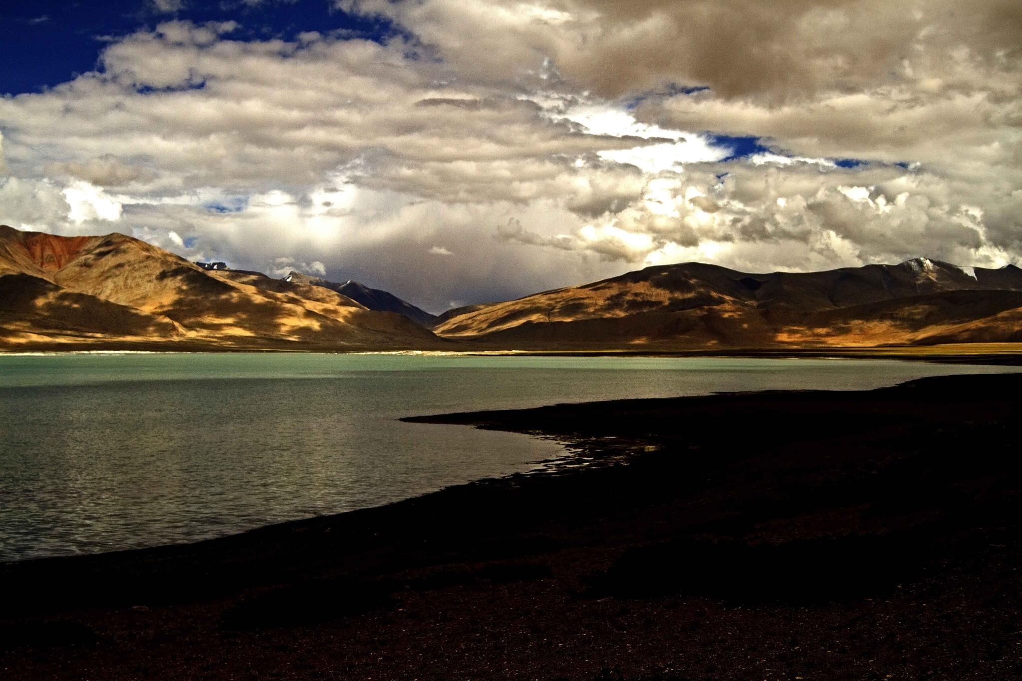 tso-kar lake by guran60
