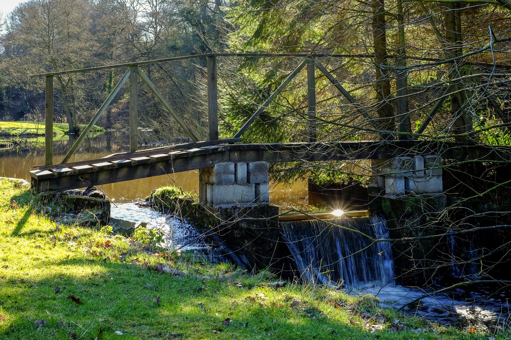 Footbridge by Gra'M