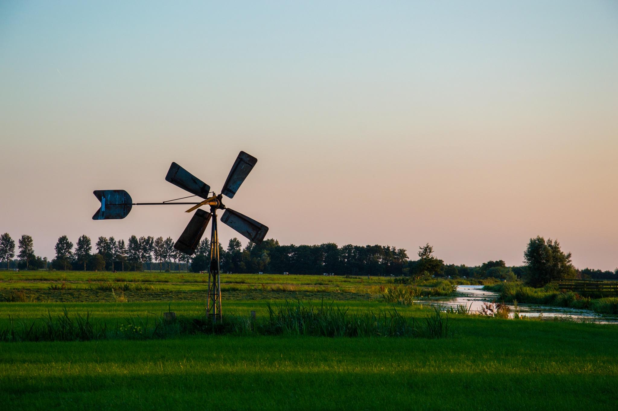 Windmill by T1mothyS