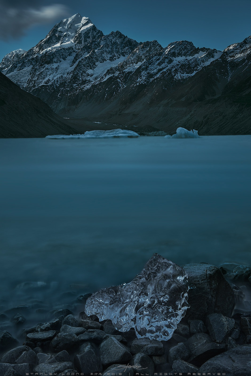 Mount Cook, New Zealand by Stanley Loong