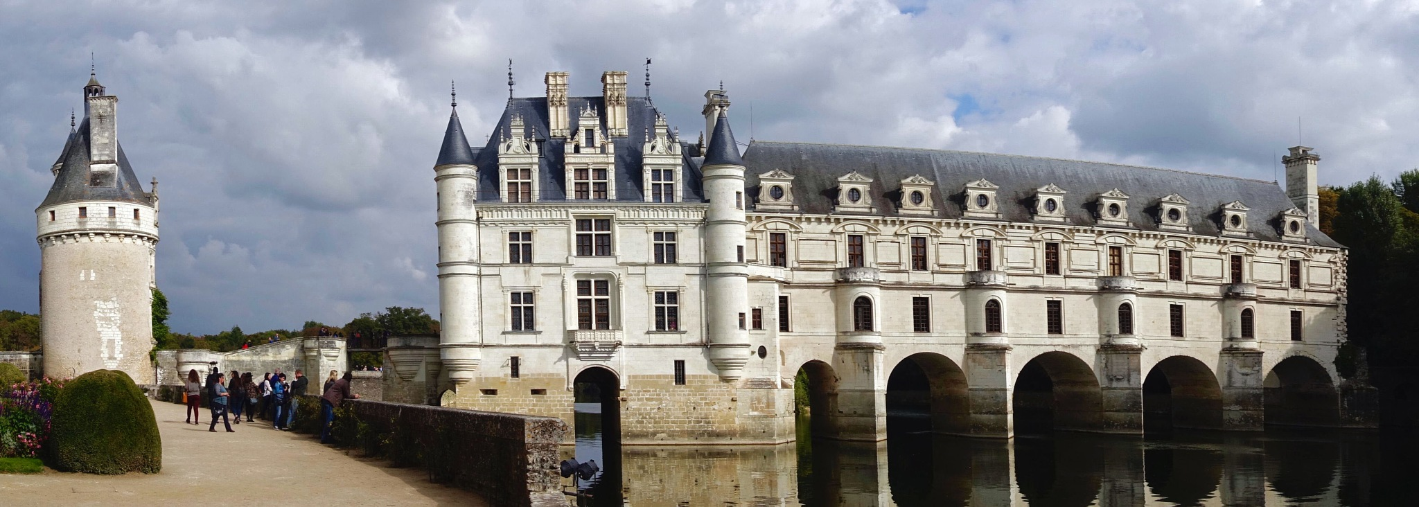 The castel Chenonceau in France. by Erwin Widmer