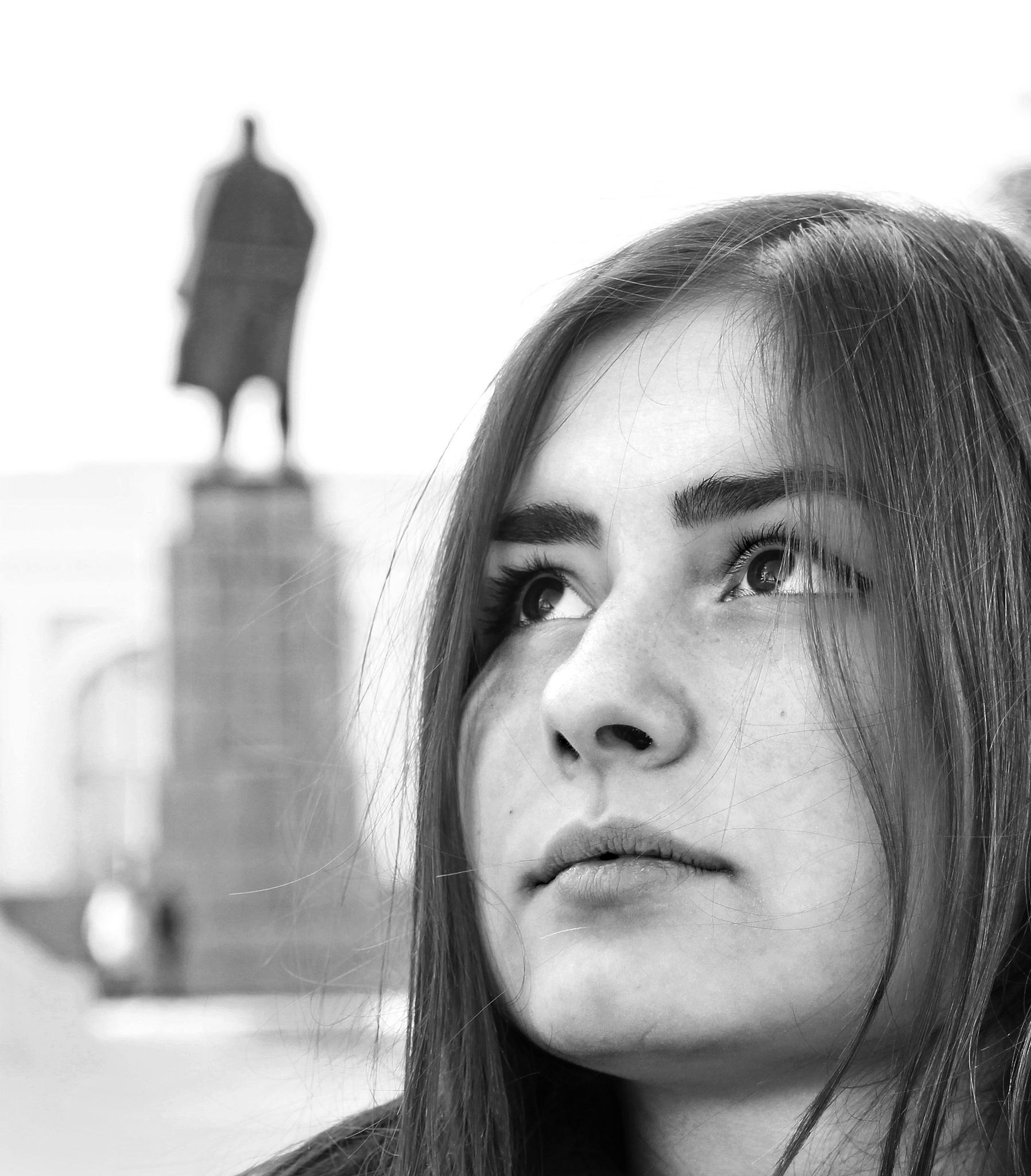 Lenin  and Yuliya  by Сергей Юрьев