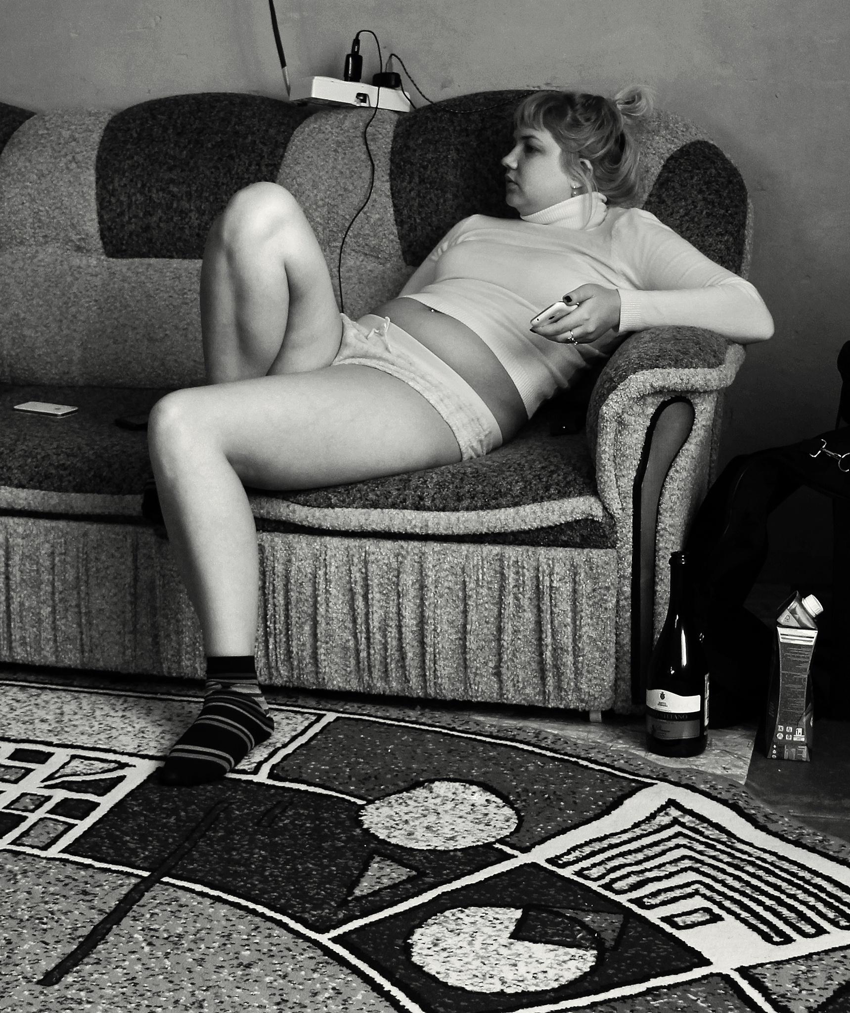 Last bottle of champagne by Сергей Юрьев