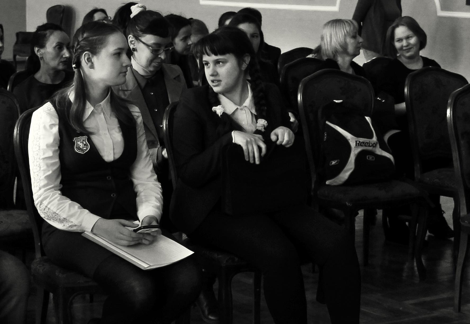 Schoolgirls by Сергей Юрьев