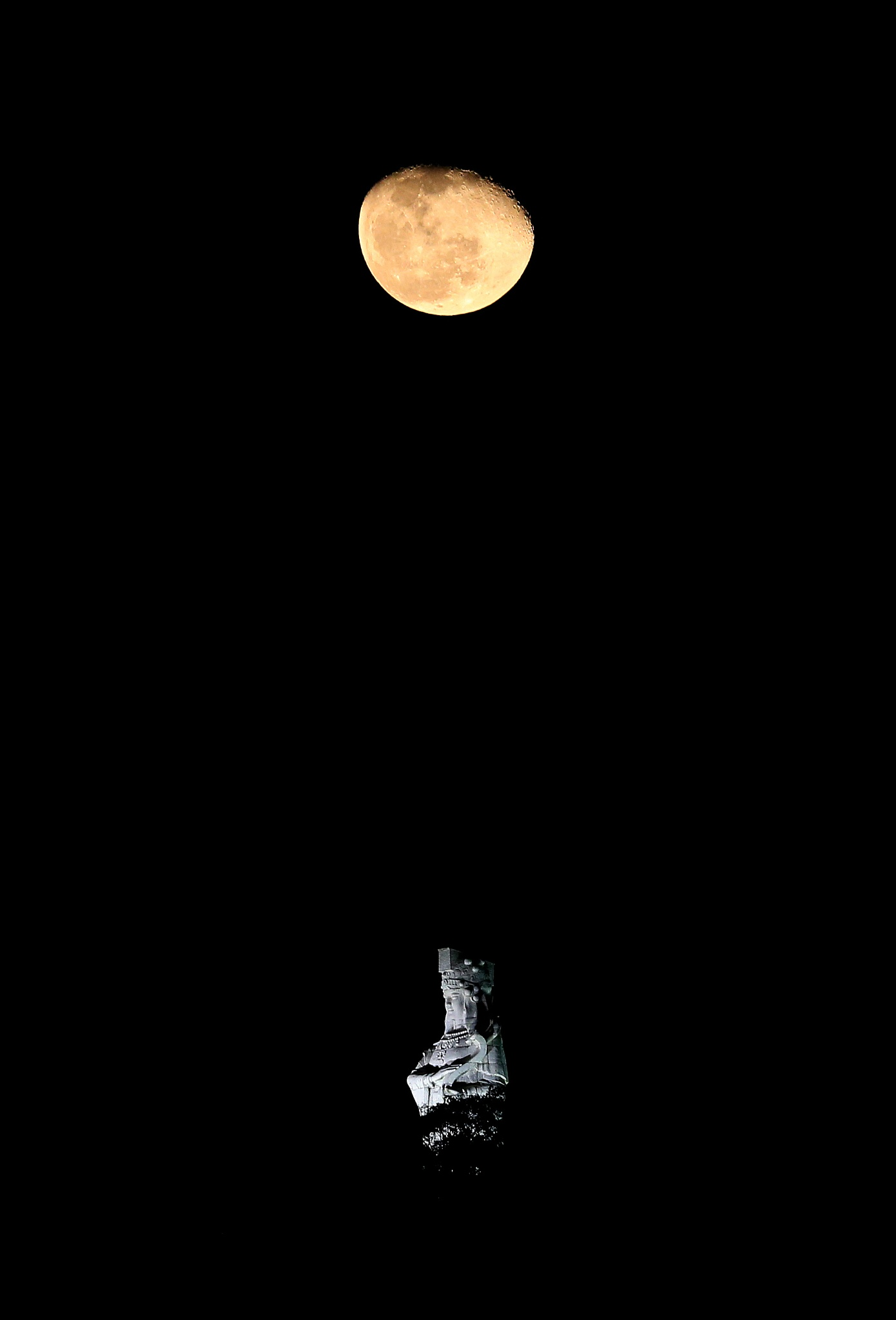 Photo in Landscape #a-má #macau #moon #coloane #statue