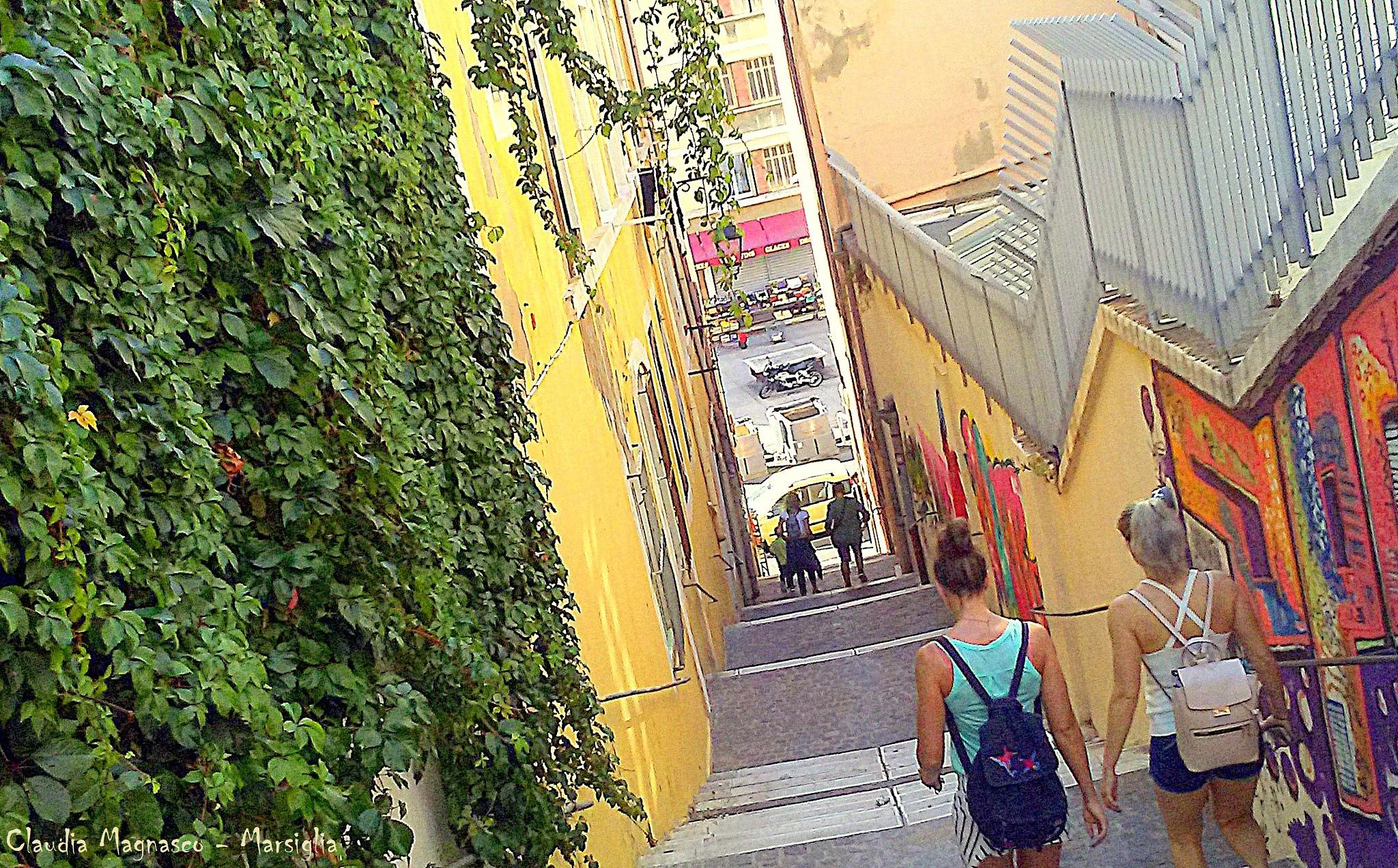 Going down in Marsiglia by claudiamagnasco