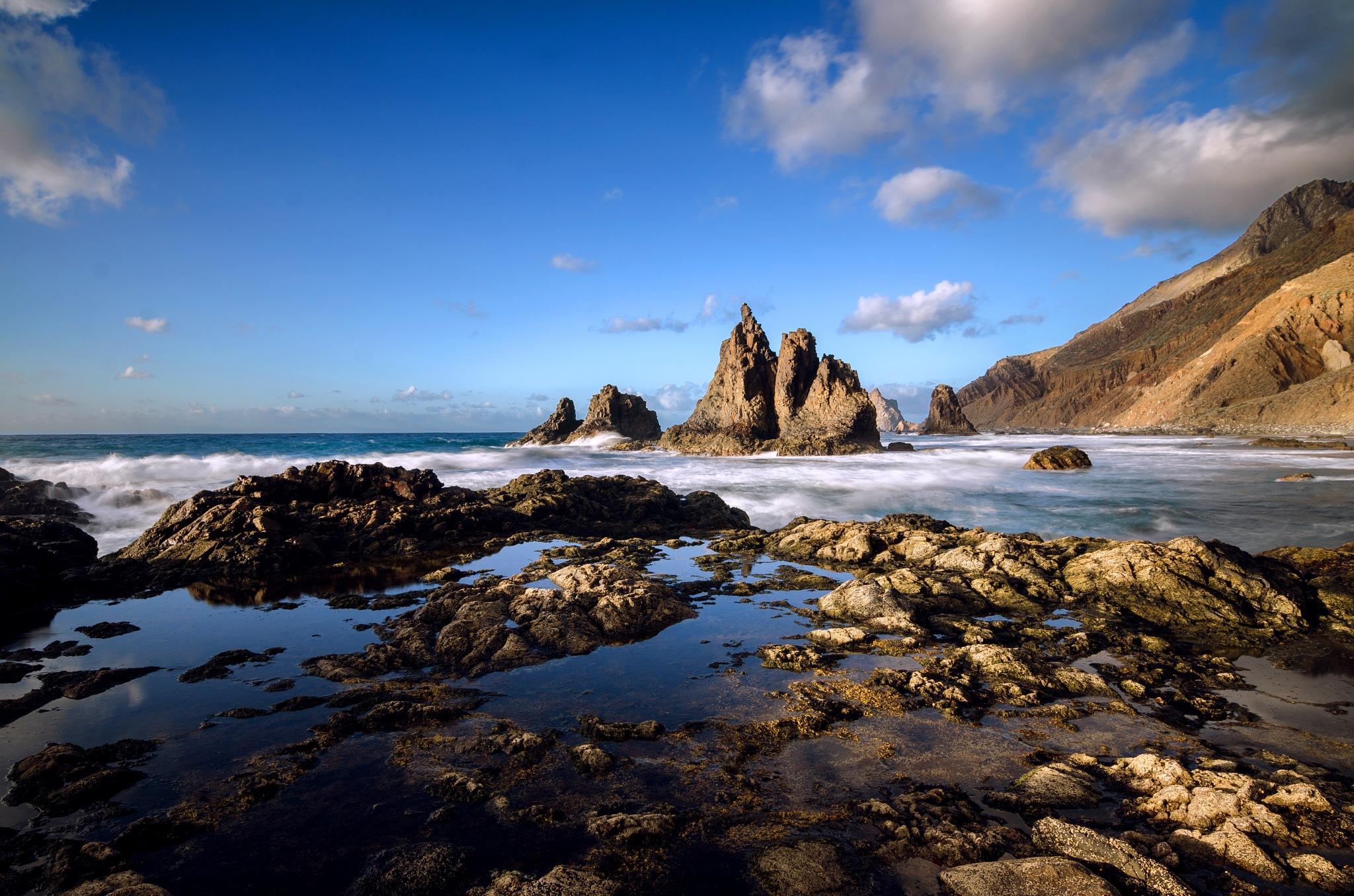 Rocas, cielo y mar by JACRIS
