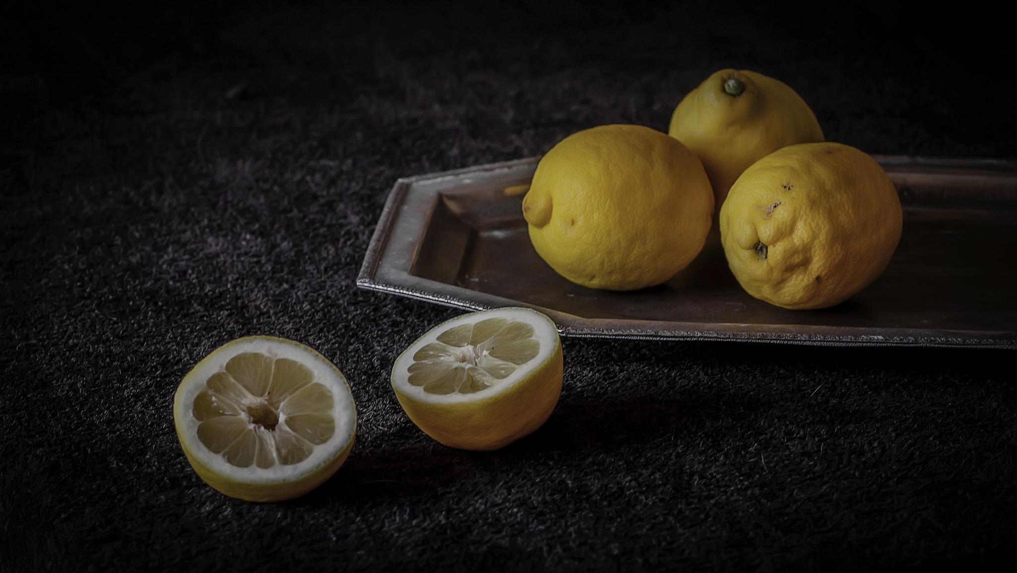 Limones.. by JACRIS