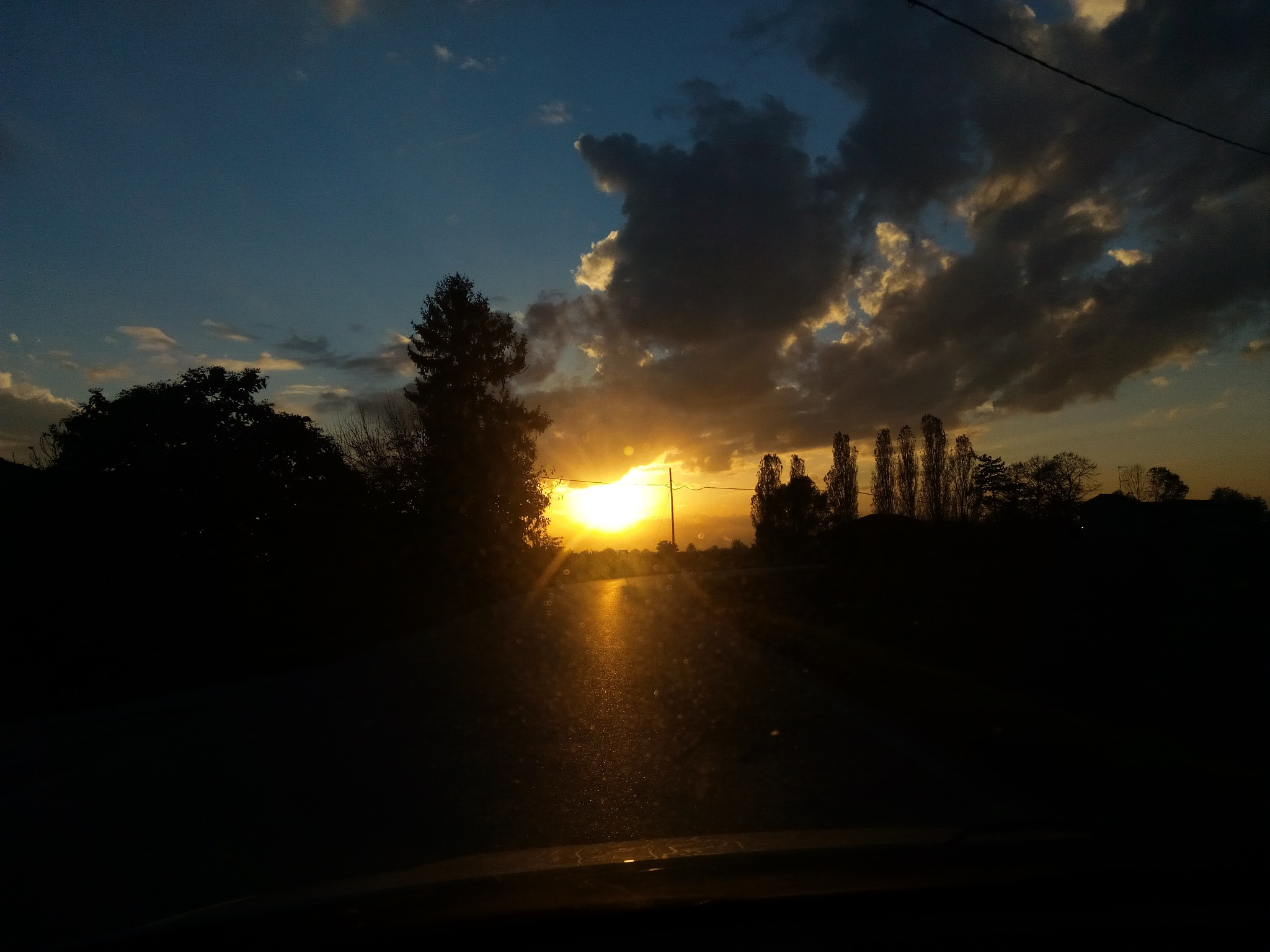 THE SUNSET IN THE CAR  by lorenz@69
