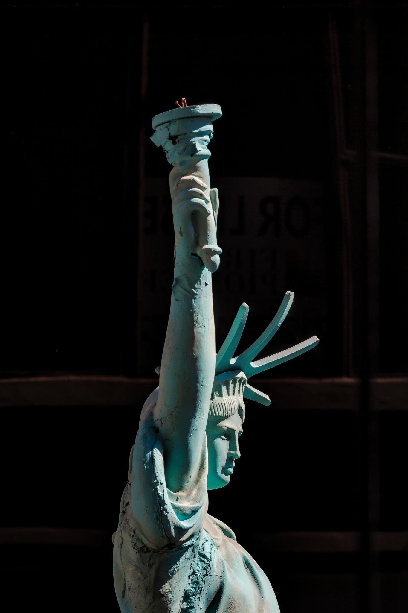 Statue of Liberty Replica by robertullmann