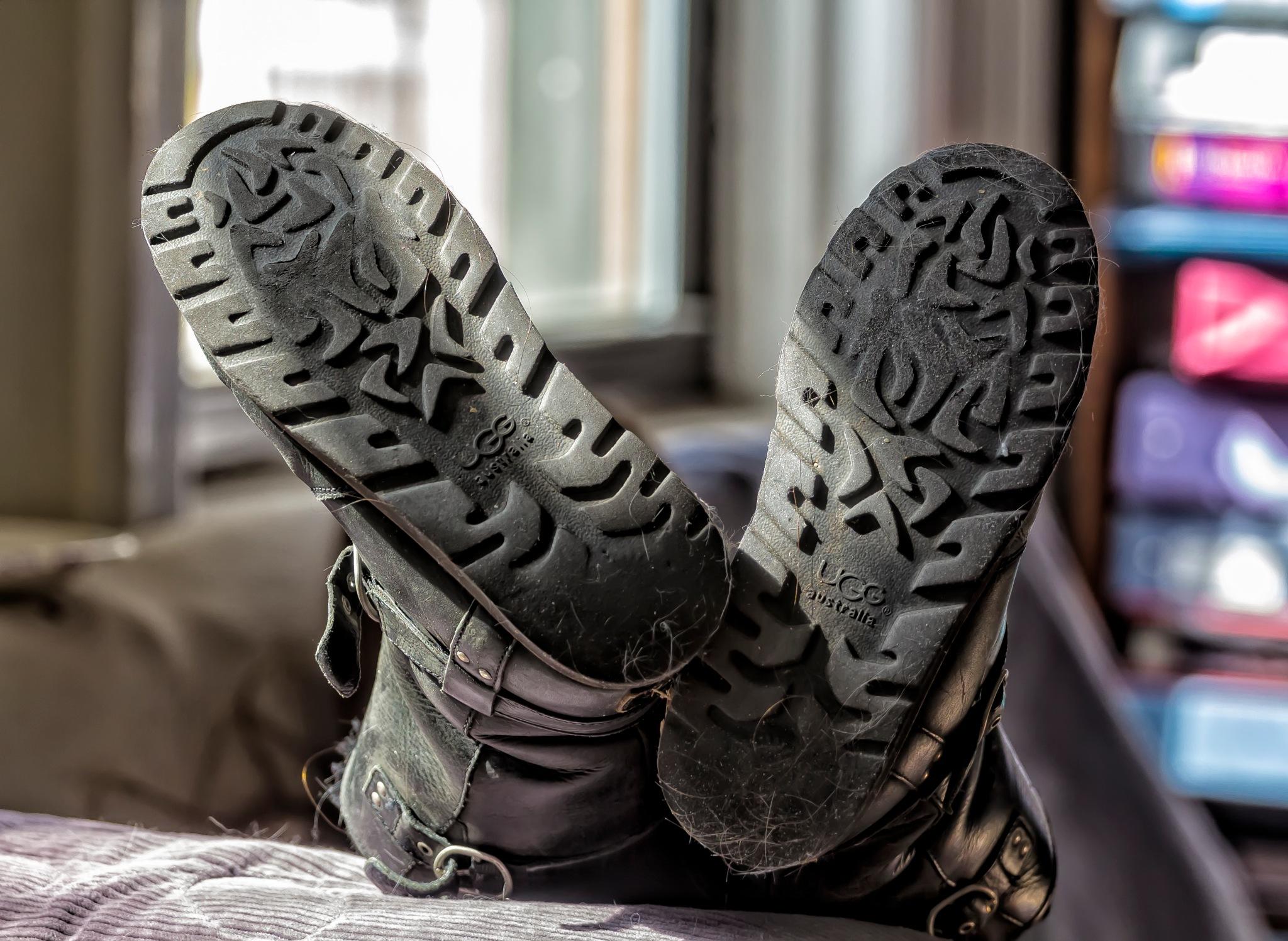 Boots by robertullmann