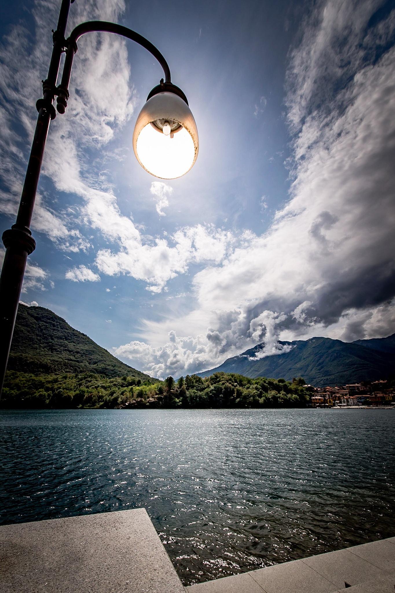 sun or lamp? ;) by Alessio Coluccio