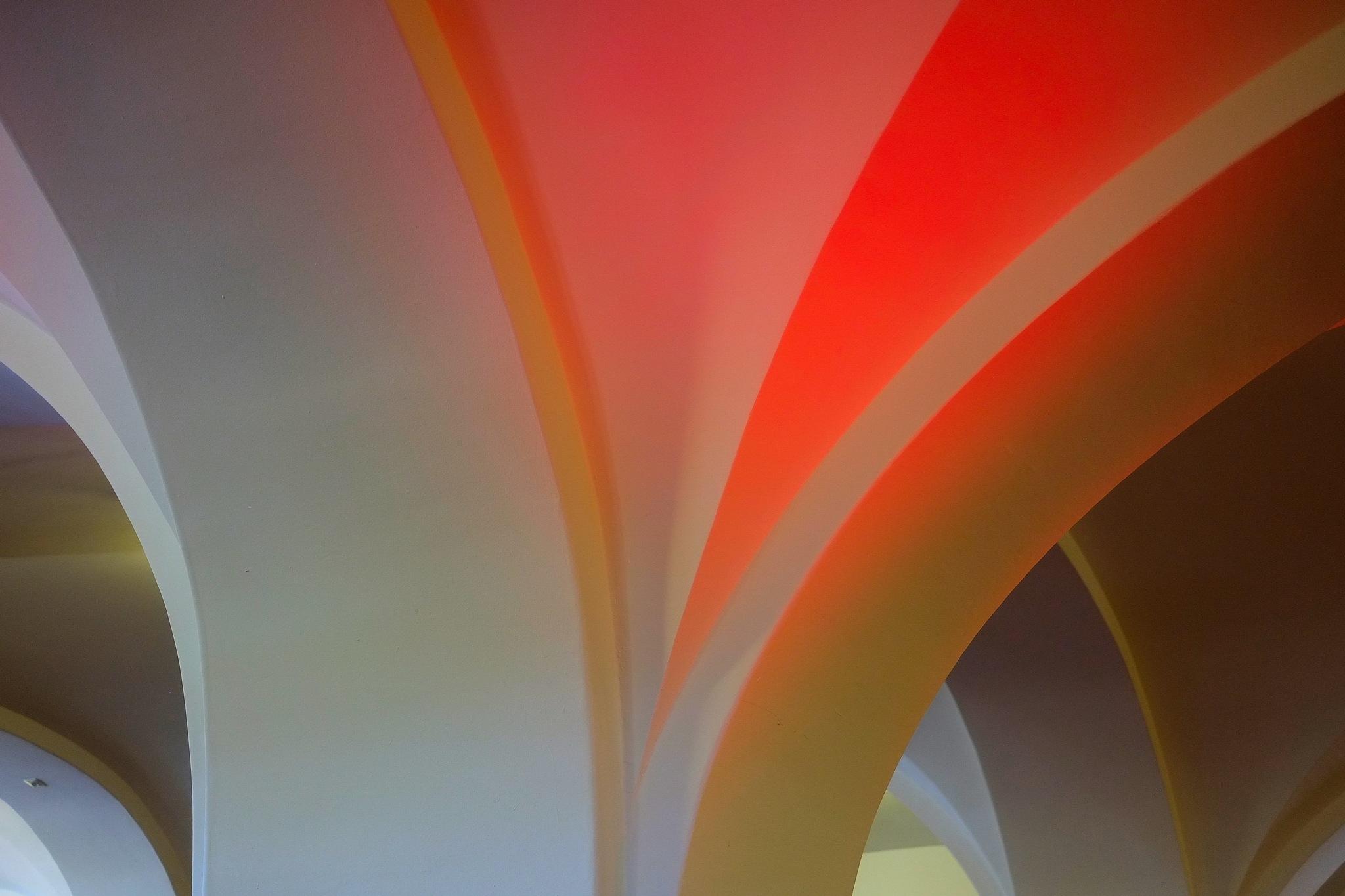 0951-Vault by Lothar Schmeink