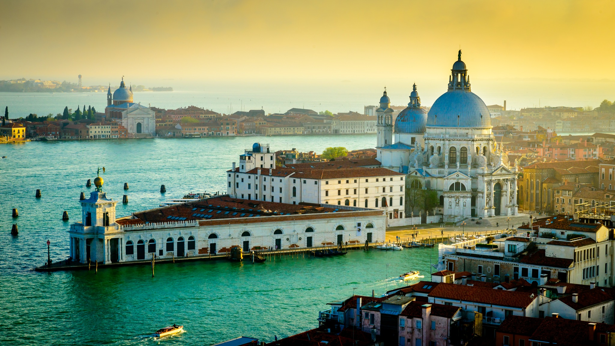 Venice at sunset by David Guo