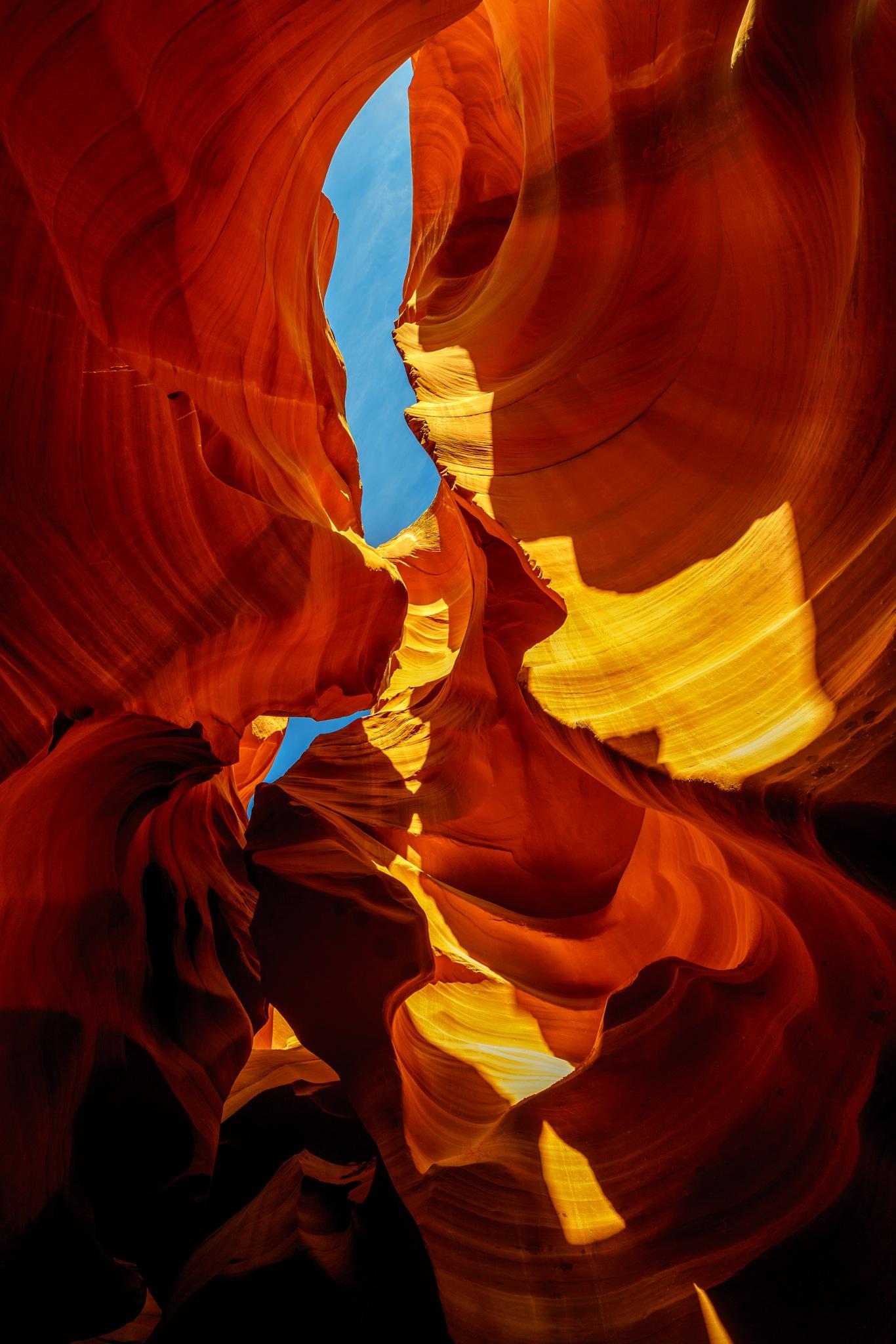 Antelope Canyon by David Guo