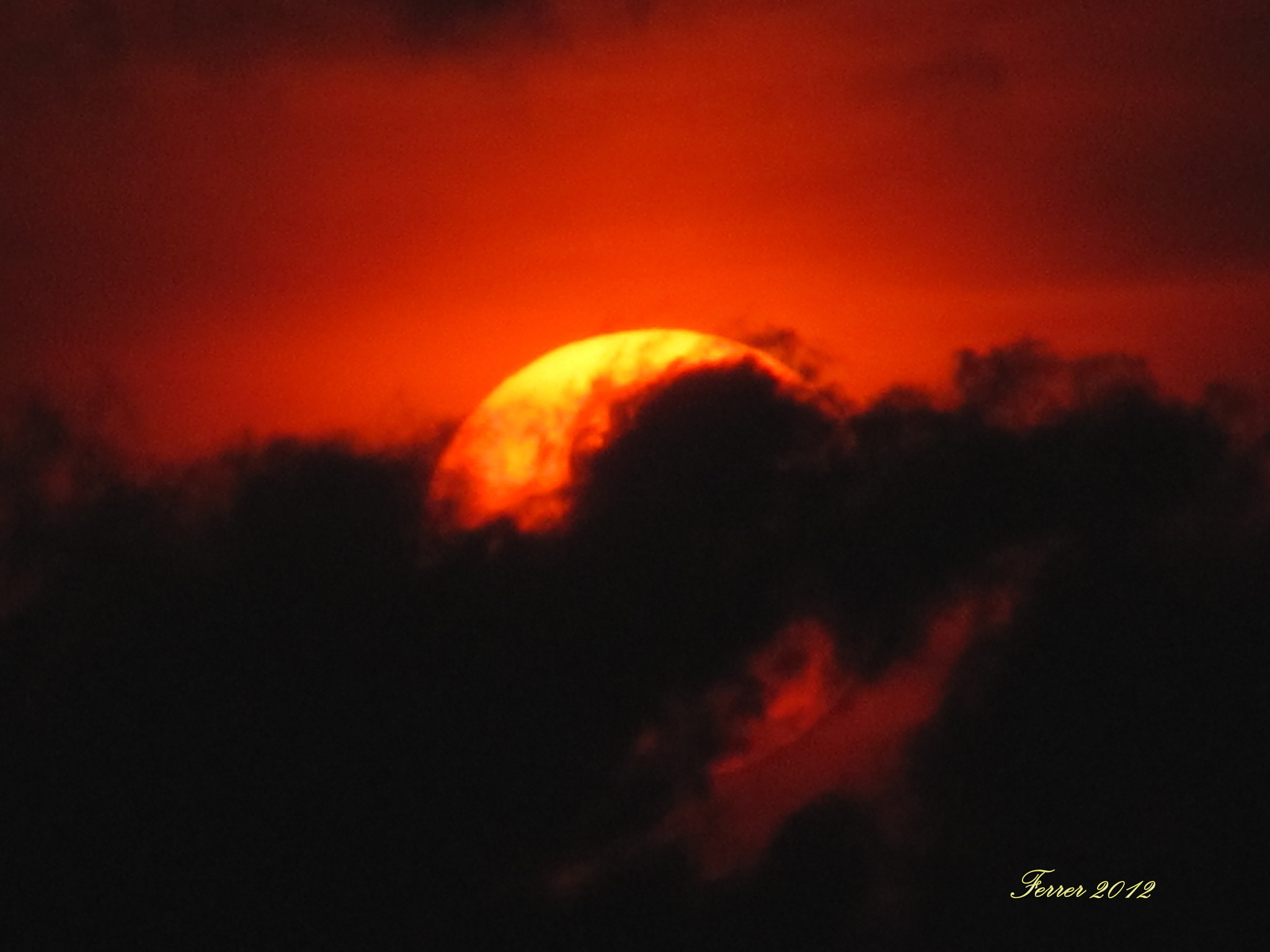 DRAMATISMO SOLAR by PALOMAGAR