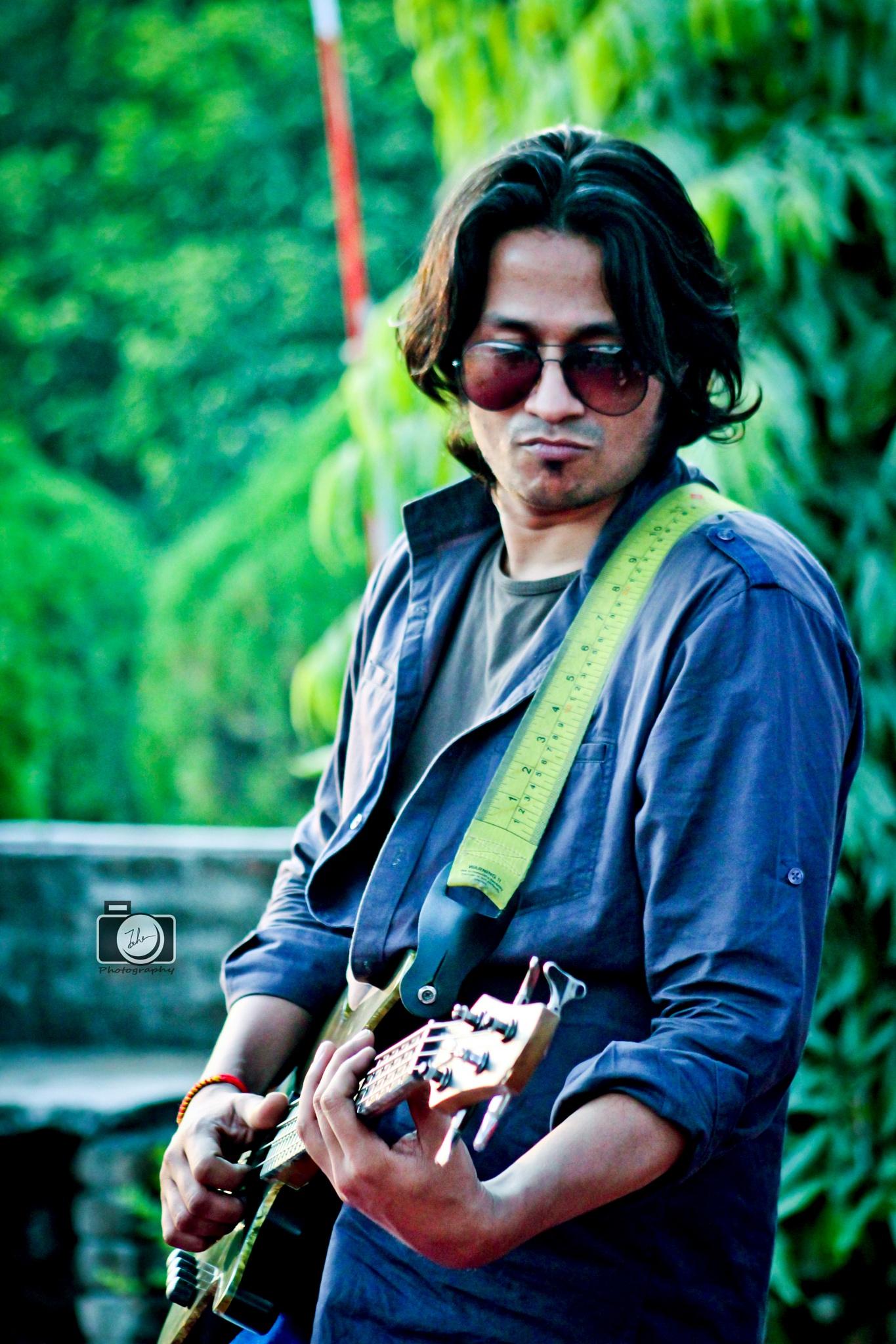 Music Man 13 by Toha_Rahman